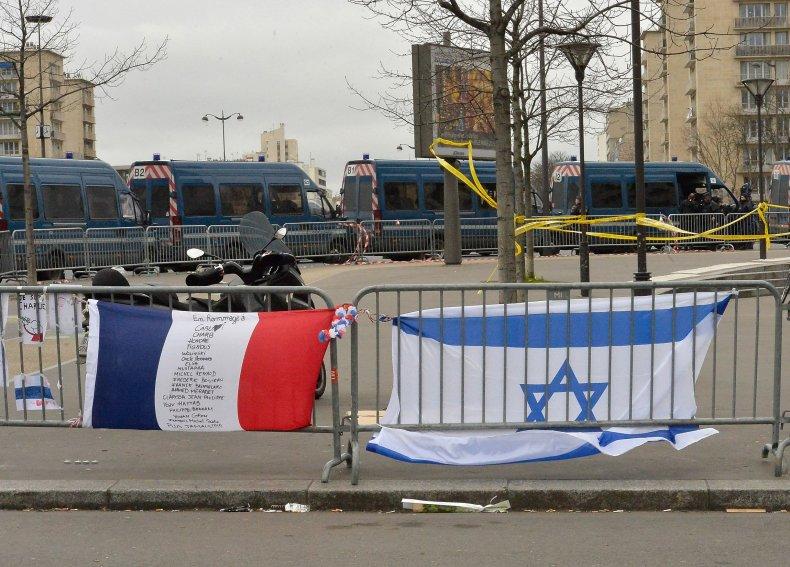 01_15_Paris_Jewish_02