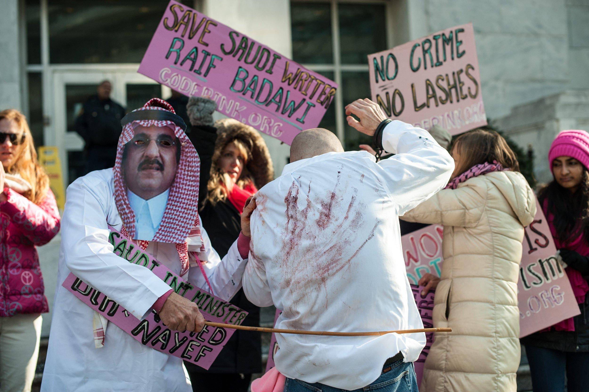 Congratulate, your lashes saudi arabia girls recommend you