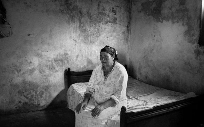 07_tunisia_women_laborers