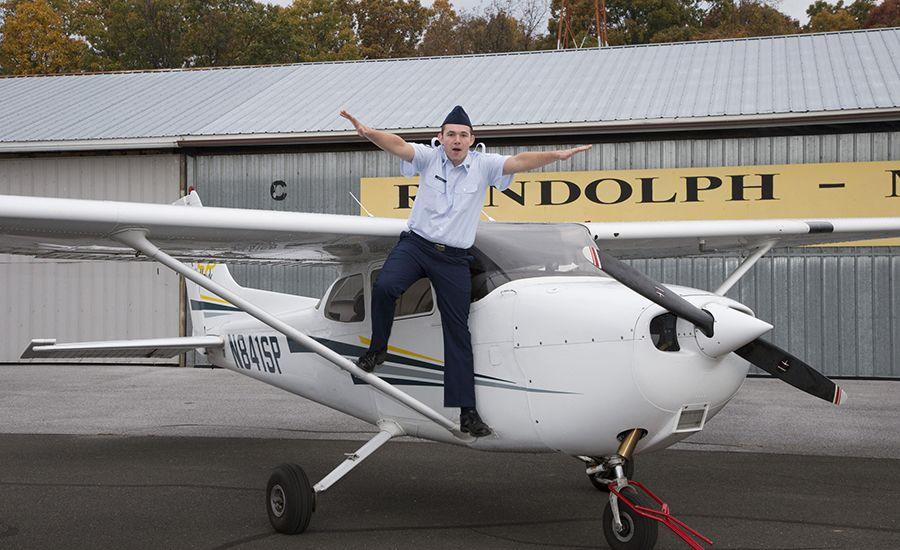 fun-flight-NEWSWEEK-DX18895