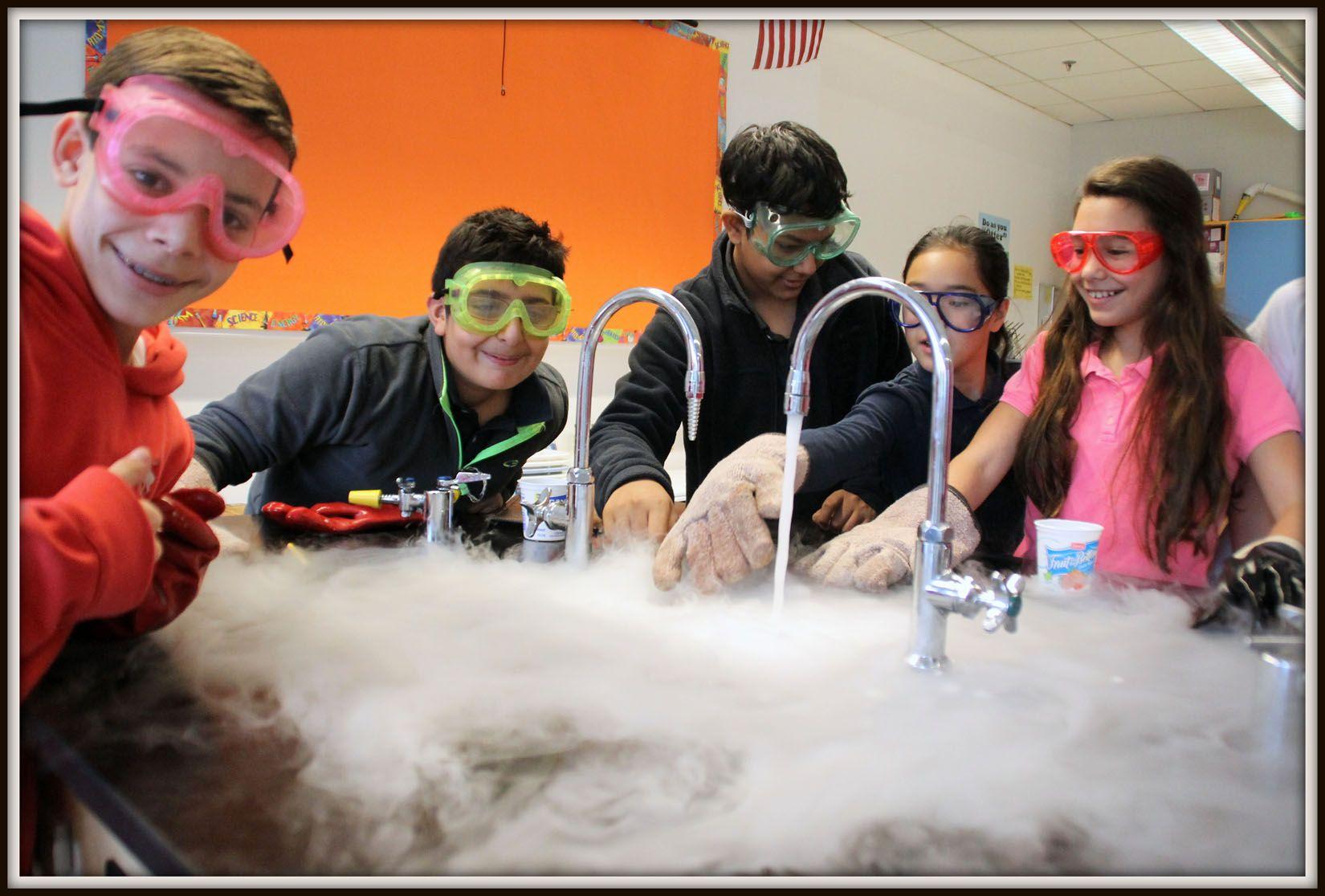 Science Dry Ice Lab