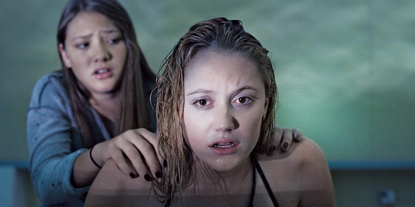 01_30_ItFollows_02