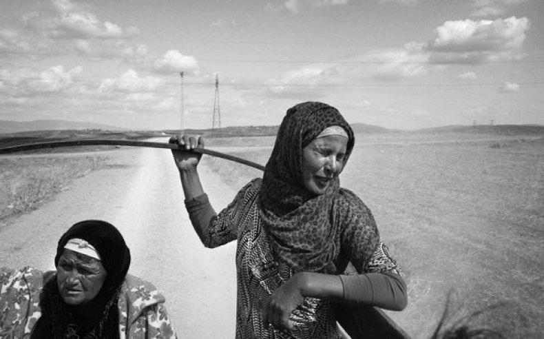 11_tunisia_women_laborers