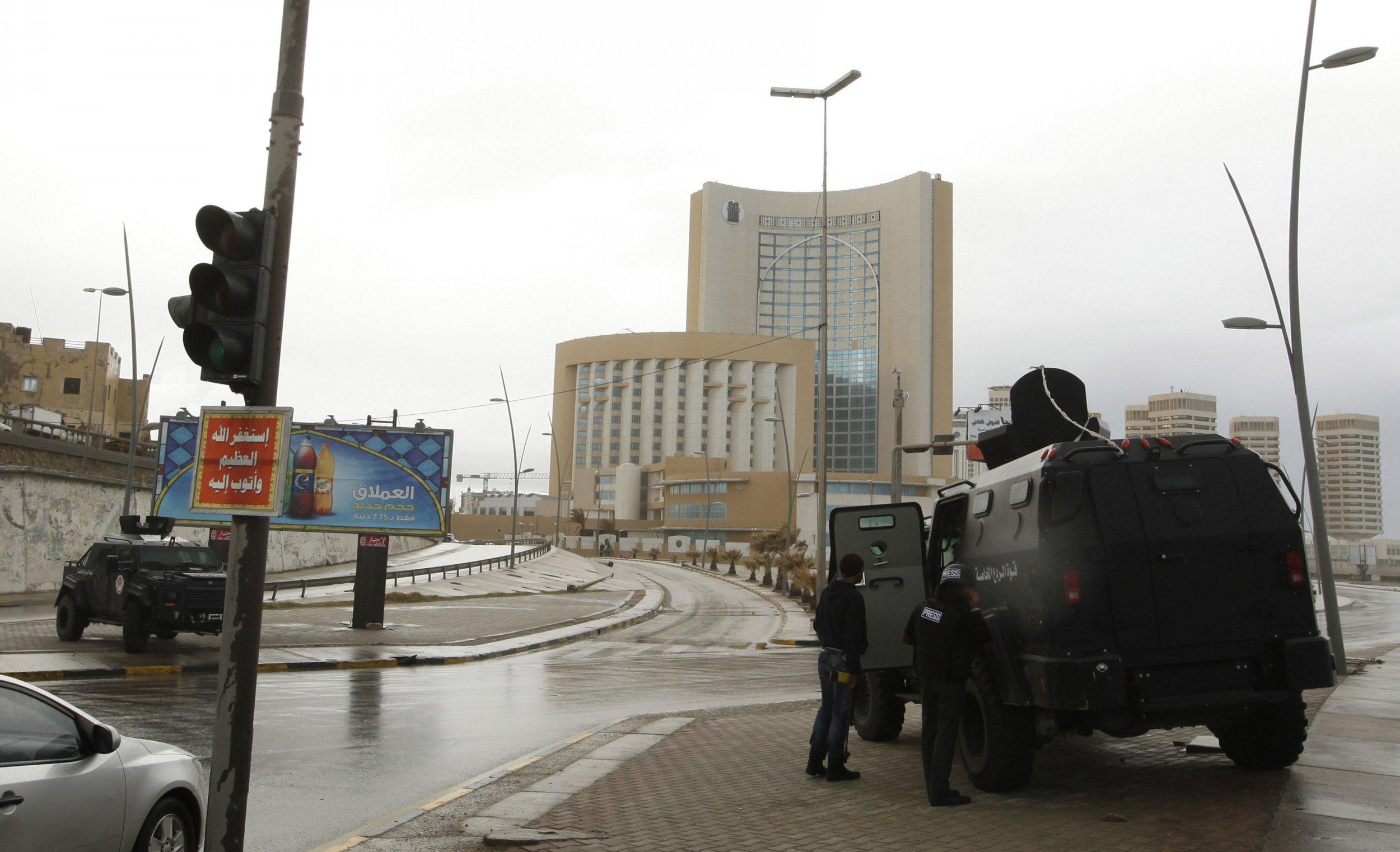 2015-01-27T125213Z_790742458_GM1EB1R1LUV01_RTRMADP_3_LIBYA-SECURITY