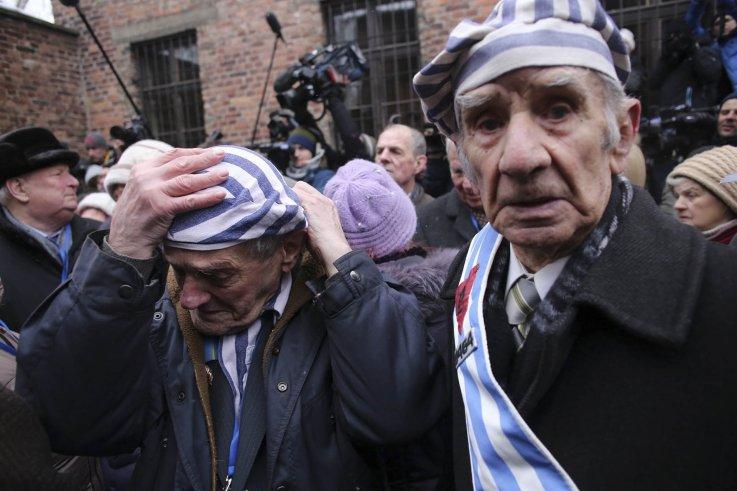 01_27_Auschwitz_01