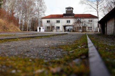 01_27_Dachau_01
