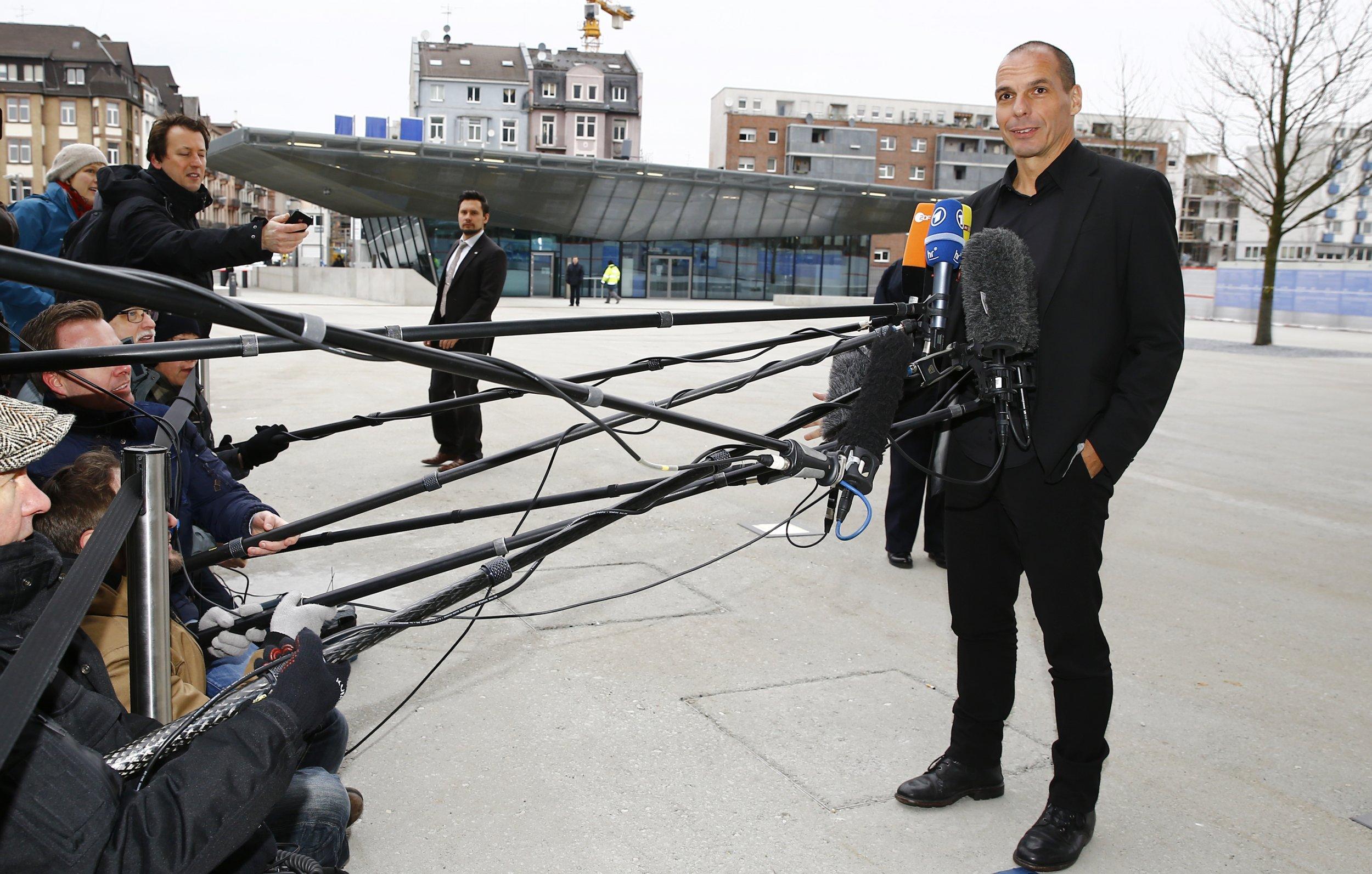 http://s.newsweek.com/sites/www.newsweek.com/files/styles/embedded/public/2015/02/04/varoufakis.jpg?itok=BXUXb_vv