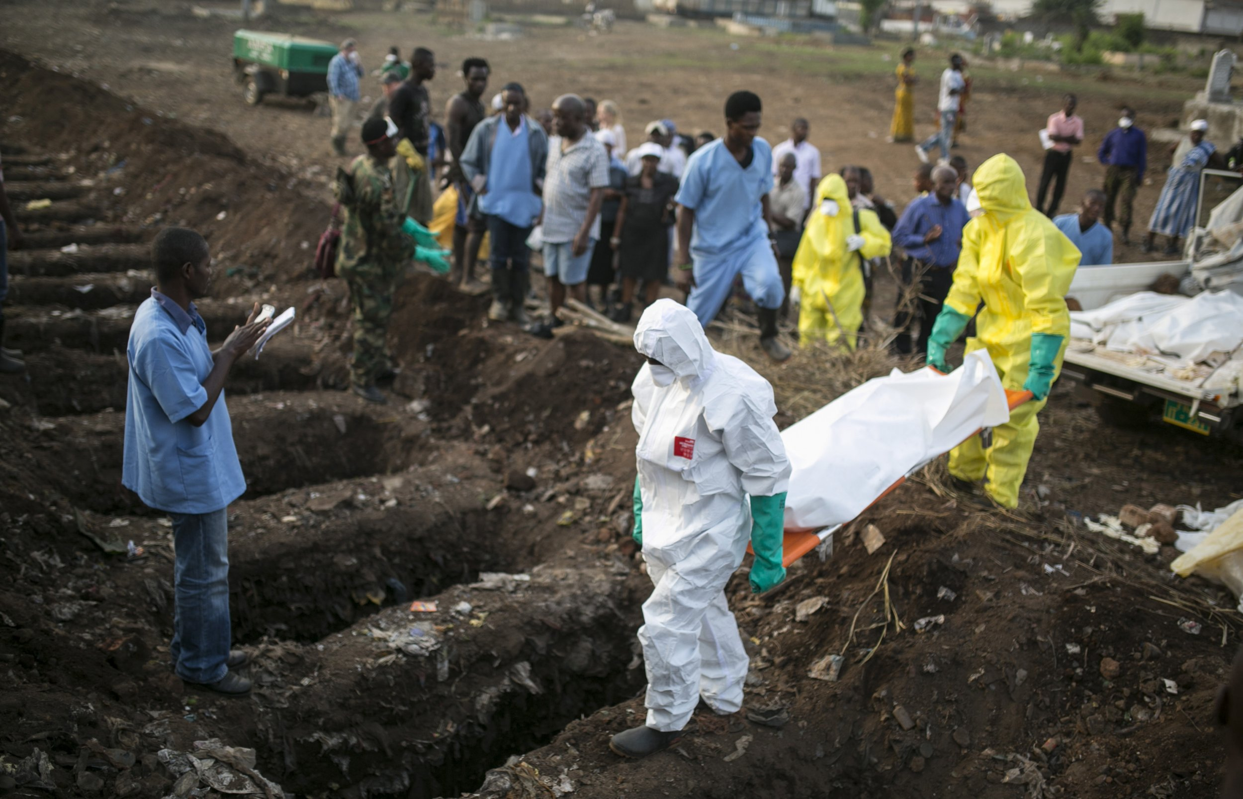 Ebola experts from CDC were pulled from outbreak zone amid security concern