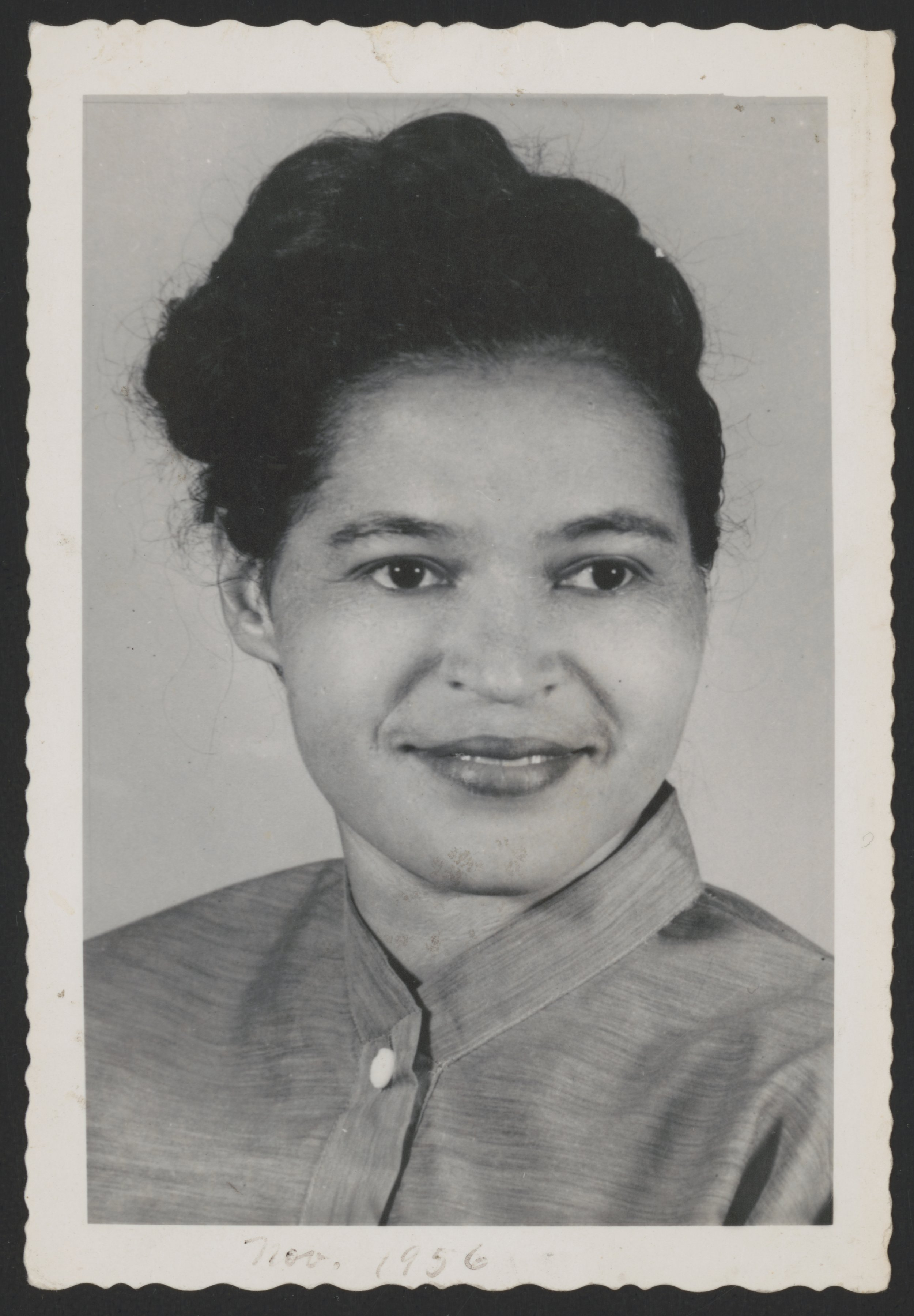 a biography of rosa louise parks an american civil rights activist Rosa louise mccauley parks (february 4, 1913 – october 24, 2005) was an african-american civil rights activist whom the us congress dubbed the mother of the modern-day civil rights movement.