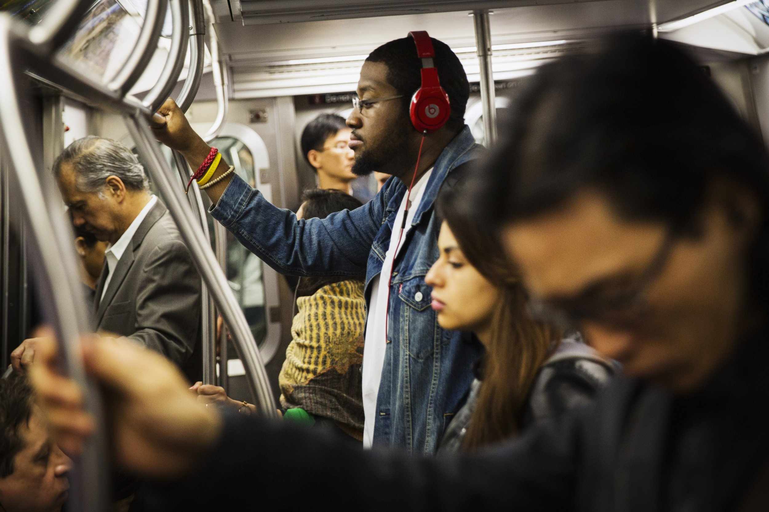 train listen