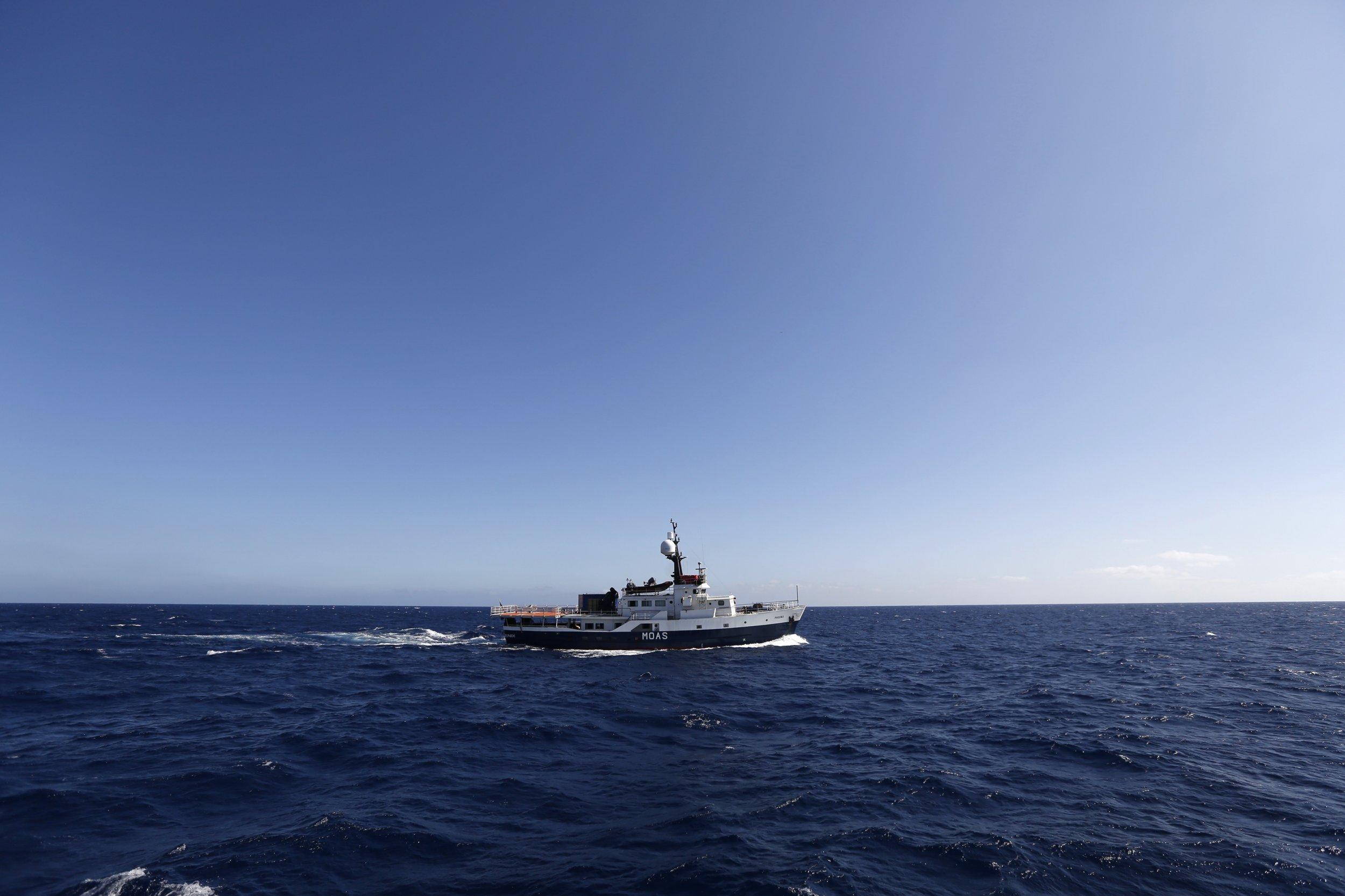 Migrant sea