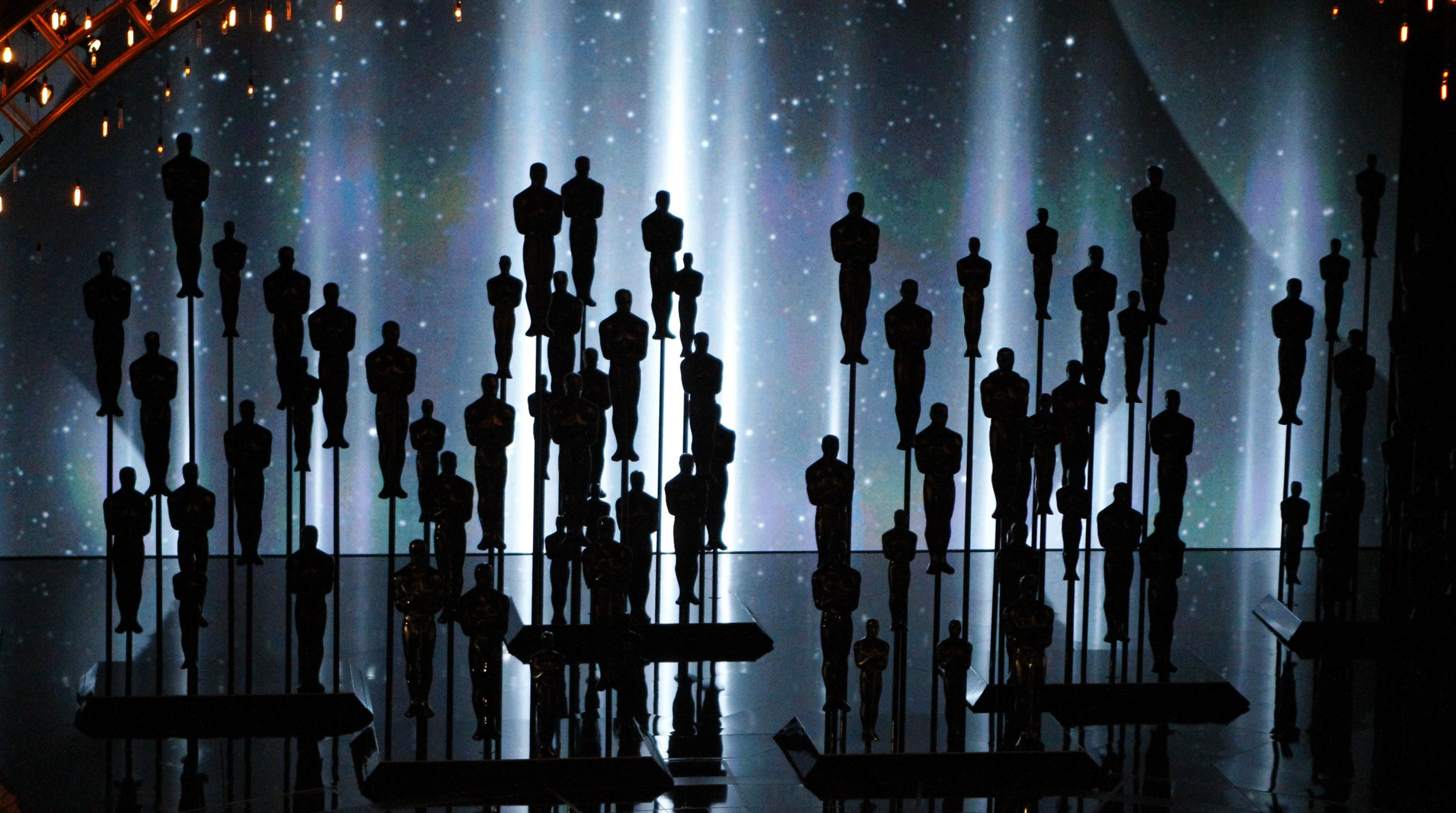 Winners 87th Annual Academy Awards 308708 further Jennifer Aniston Honoured People Magazine Awards Continues Oscar C aign Cake additionally Adele 20694679 as well 9780743277709 besides Birdman Movie Poster. on oscar award winners best picture