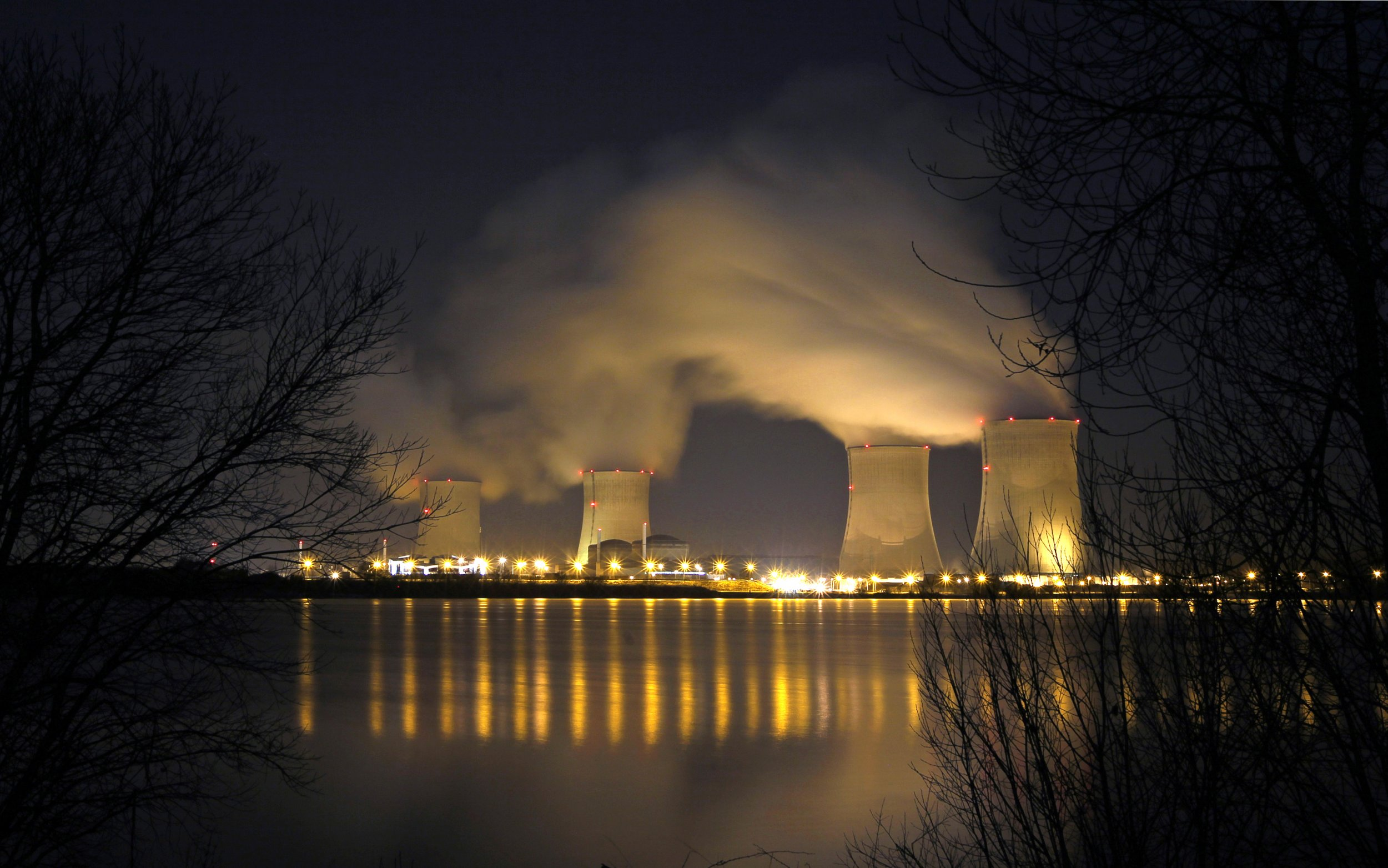 Full Force Diesel >> Most French Nuclear Plants 'Should Be Shut Down' Over Drone Threat