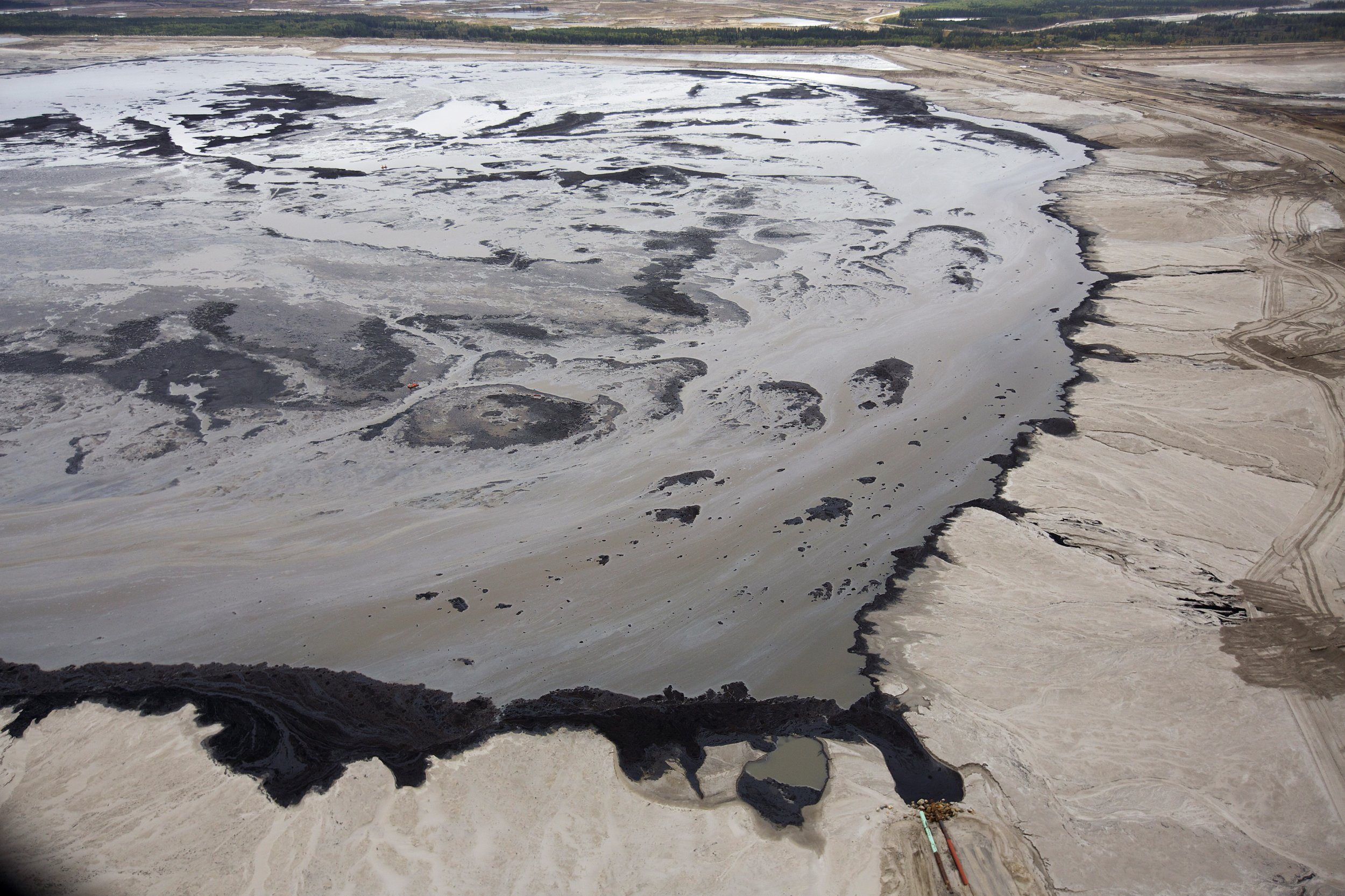 tar sands The tar sands—or oil sands, as the industry refers to them—are a semi-solid form  of oil (also called bitumen) mixed with sand and silt their extraction has.