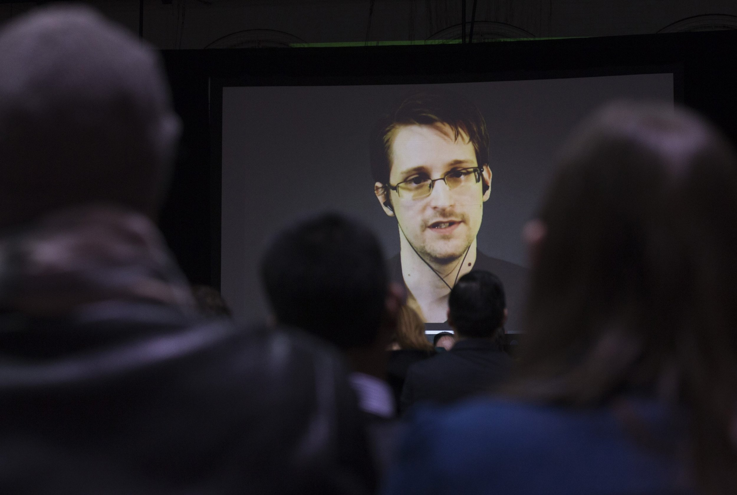Snowden ready to go to US if he gets fair trial