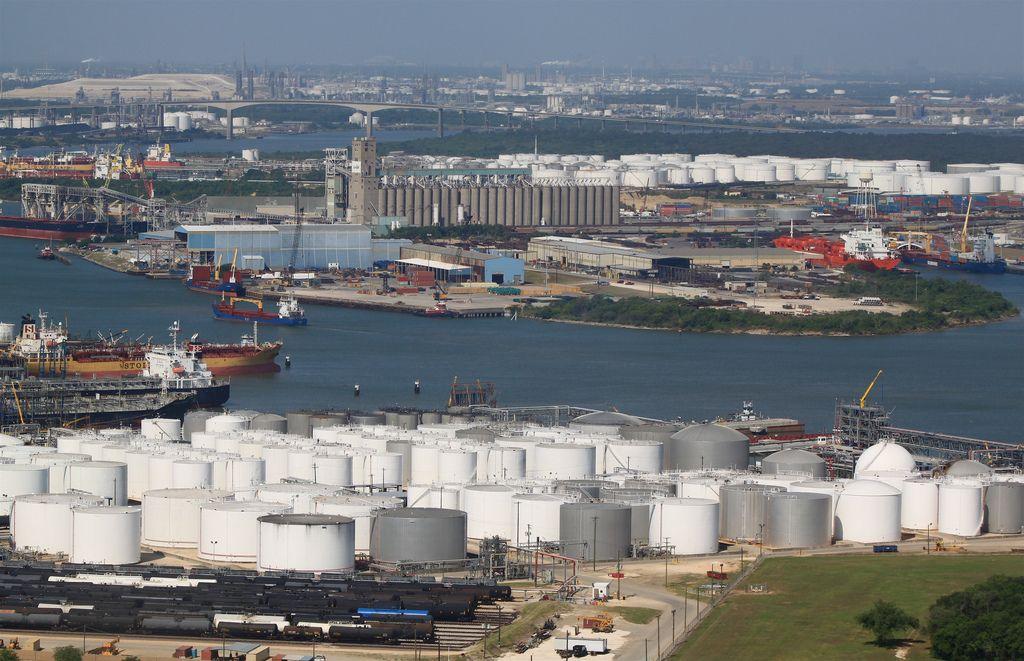 Crude Oil Storage Almost Gone