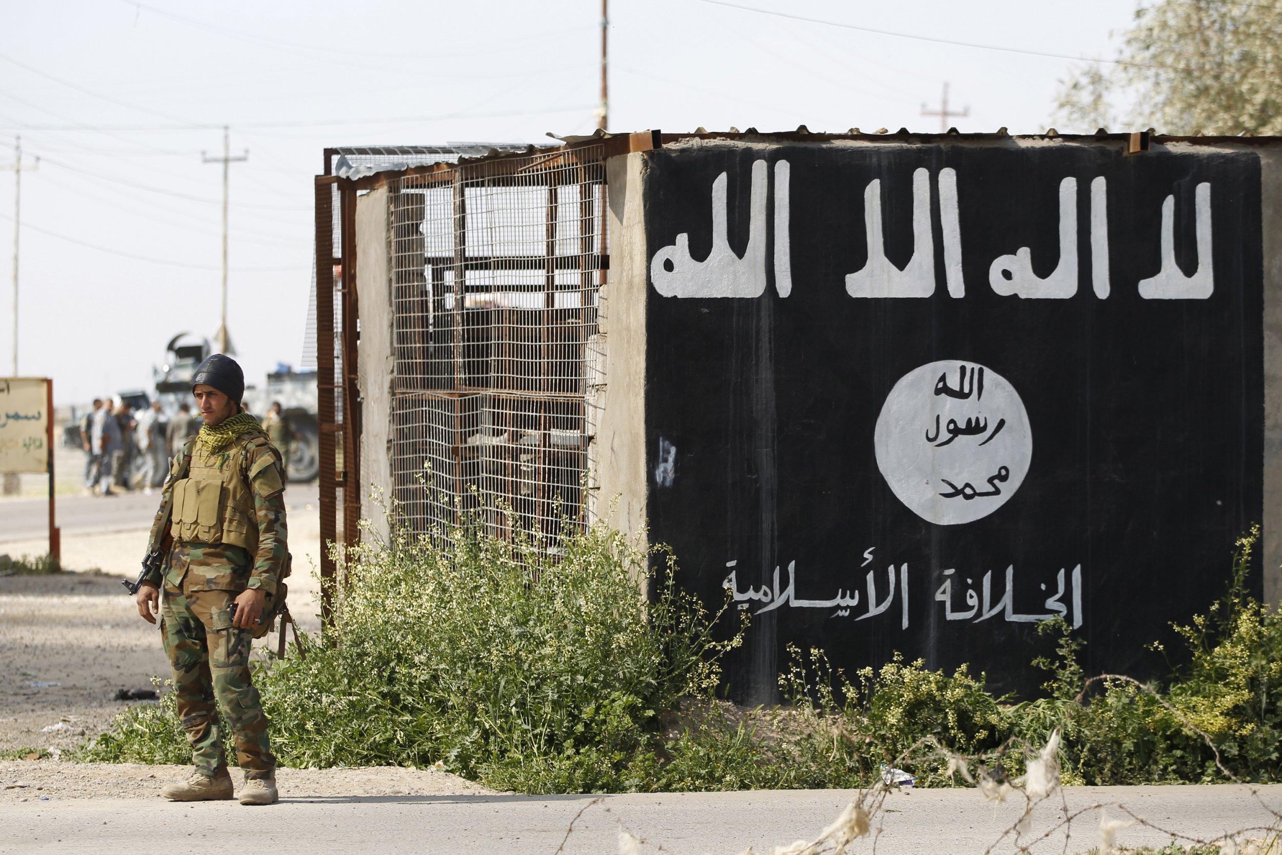 09_10_ISISFlag_01