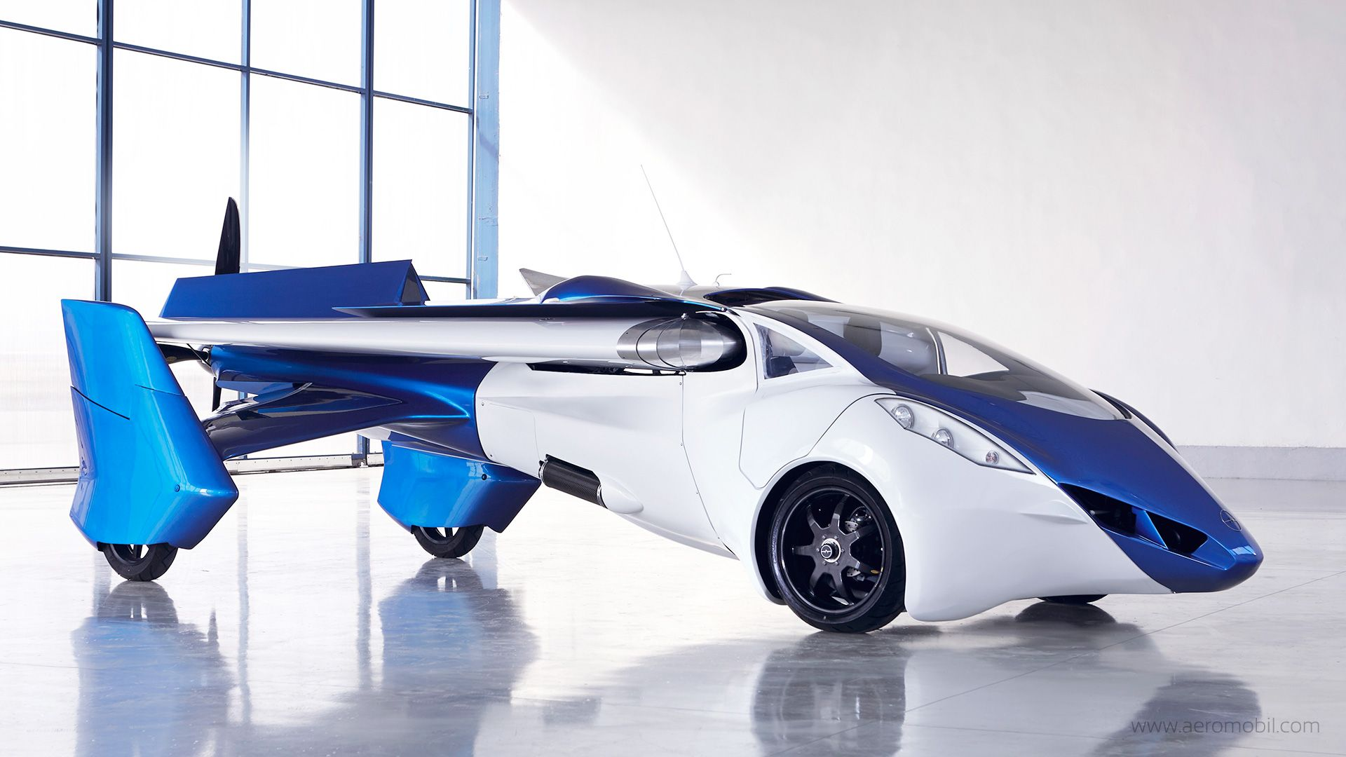 Flying Car to Go on Sale by 2017