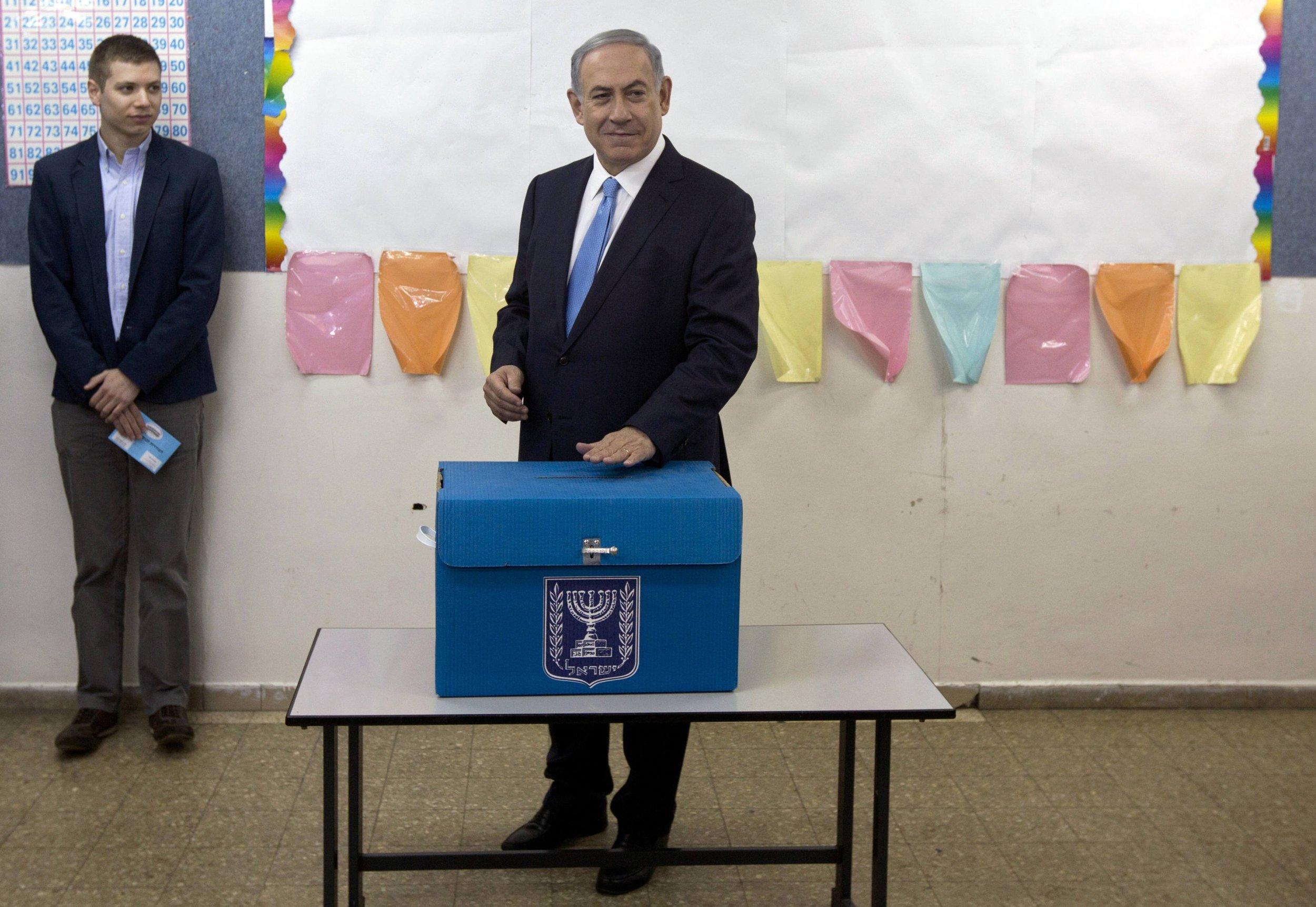 2015-03-17T200004Z_1582725454_GM1EB3I0B1301_RTRMADP_3_ISRAEL-ELECTION