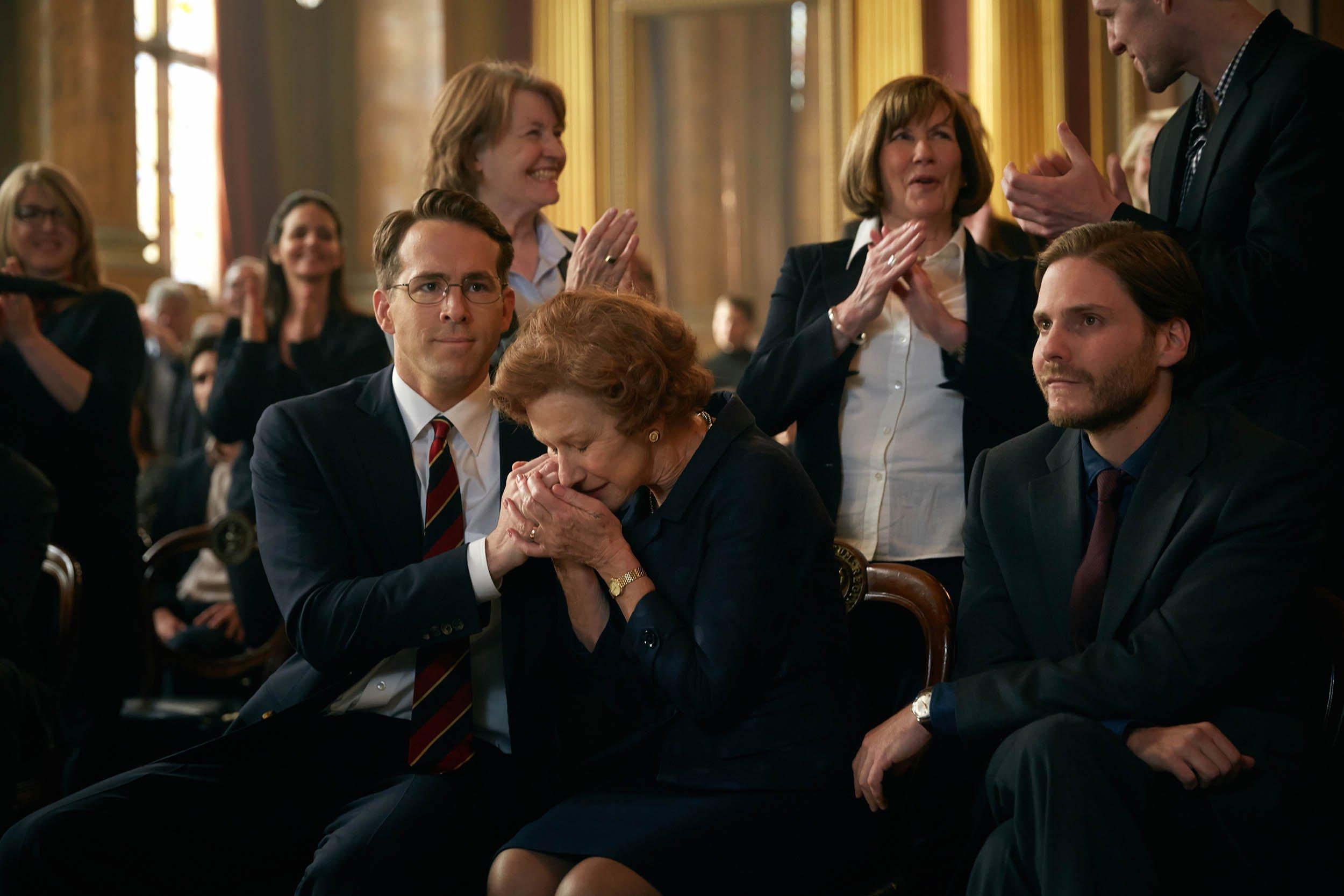 Woman in Gold. Ryan Reynolds, Helen Mirren and Daniel Bruhl