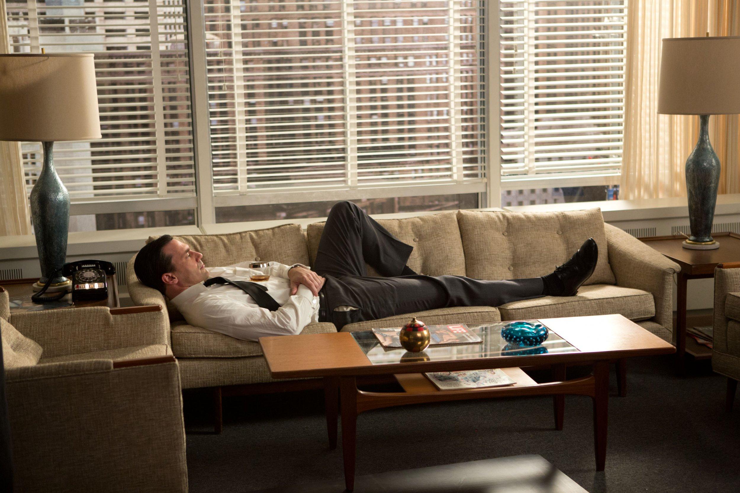 A Nostalgic New York Bids A Second Farewell To Mad Men Era