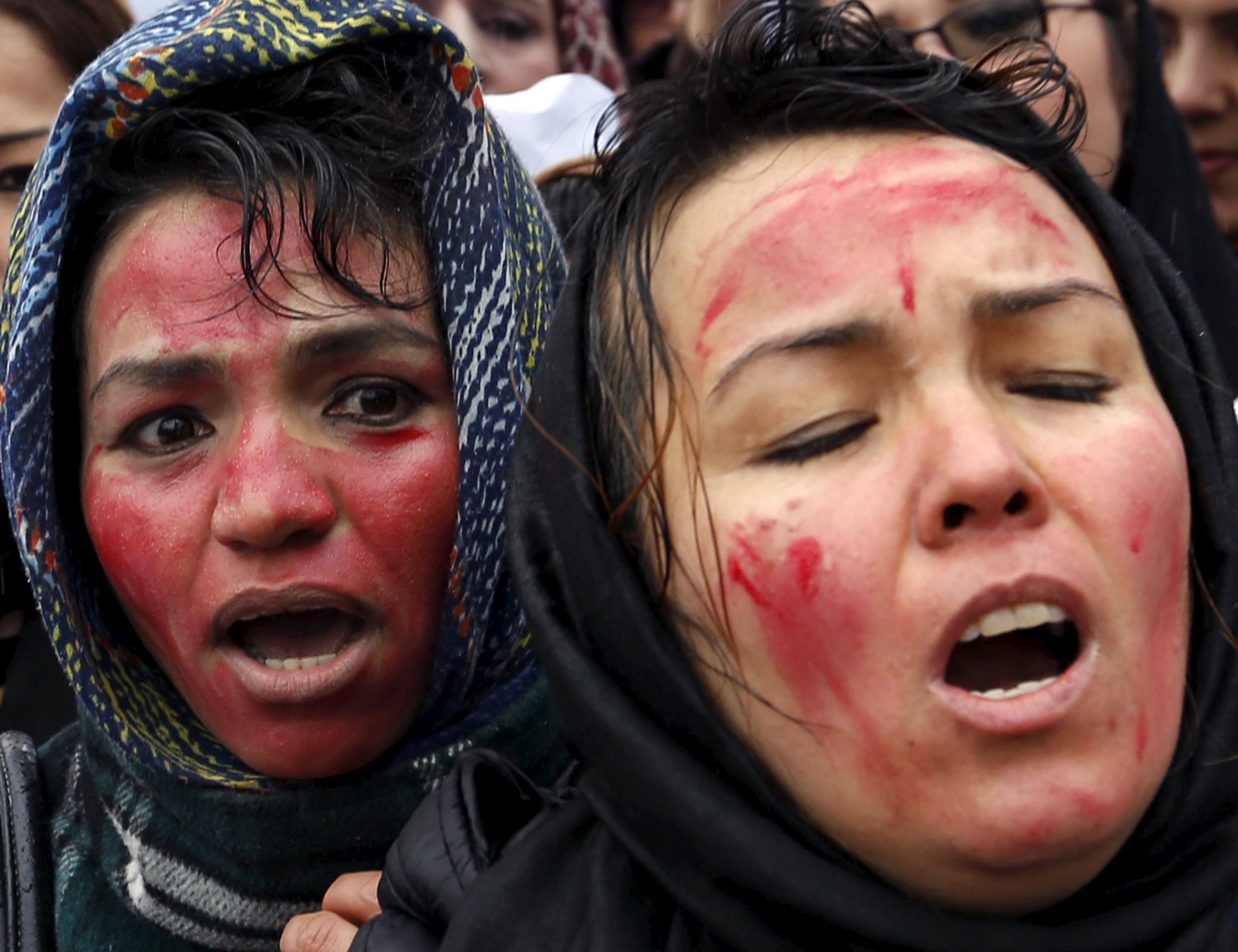 2015-03-24T113618Z_146193854_GF10000036567_RTRMADP_3_AFGHANISTAN-WOMAN