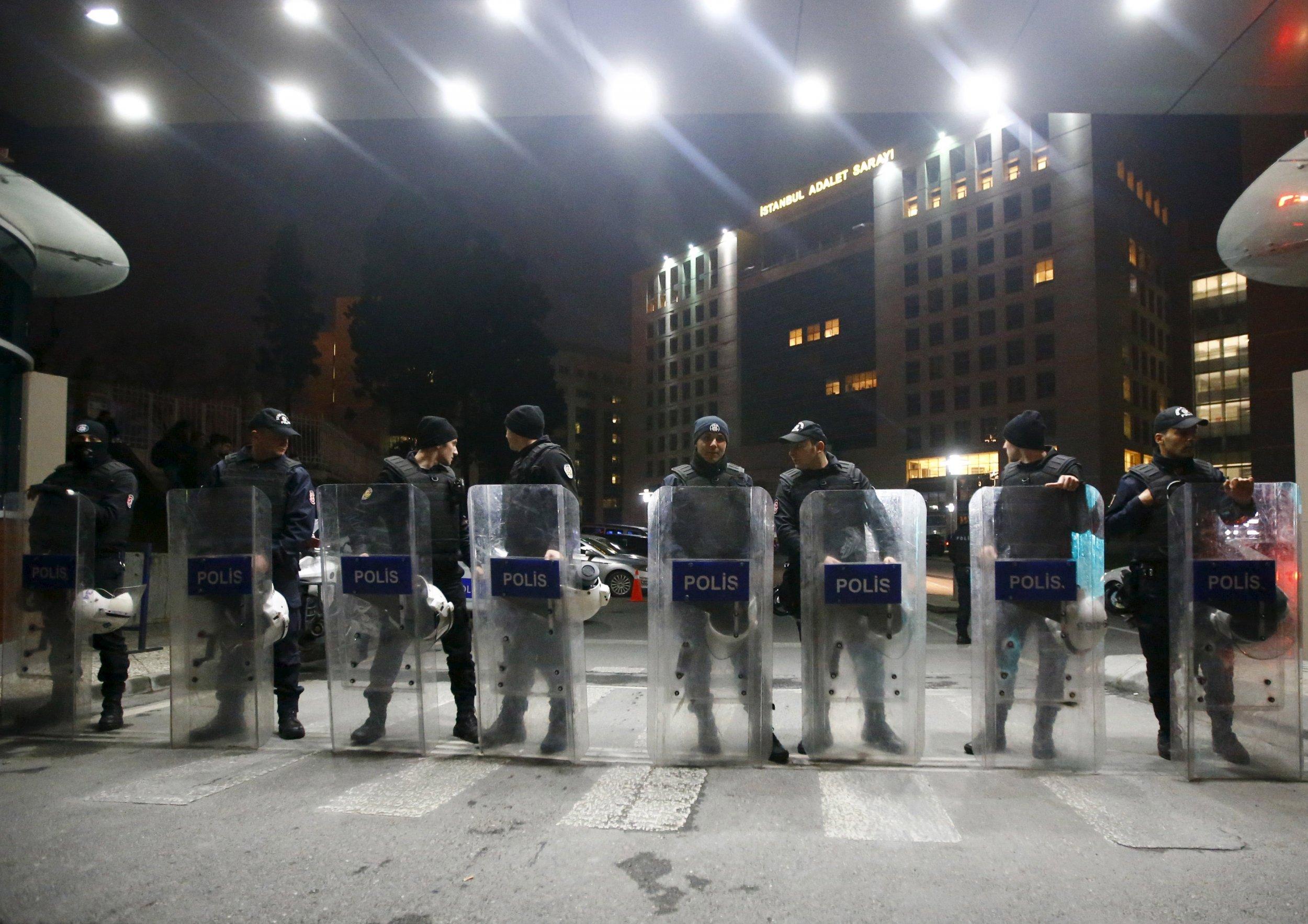 Turkish riot police