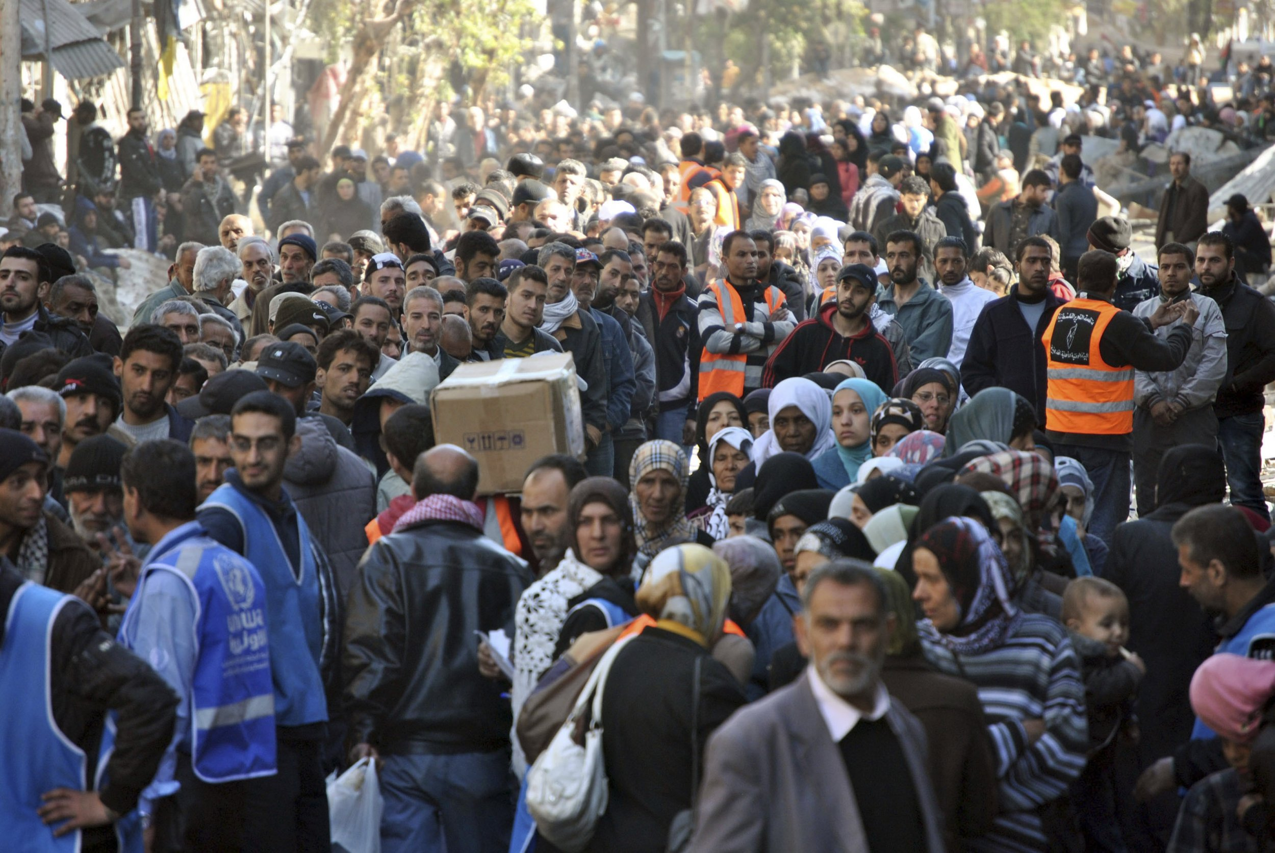 How Yarmouk refugee camp became the worst place in Syria