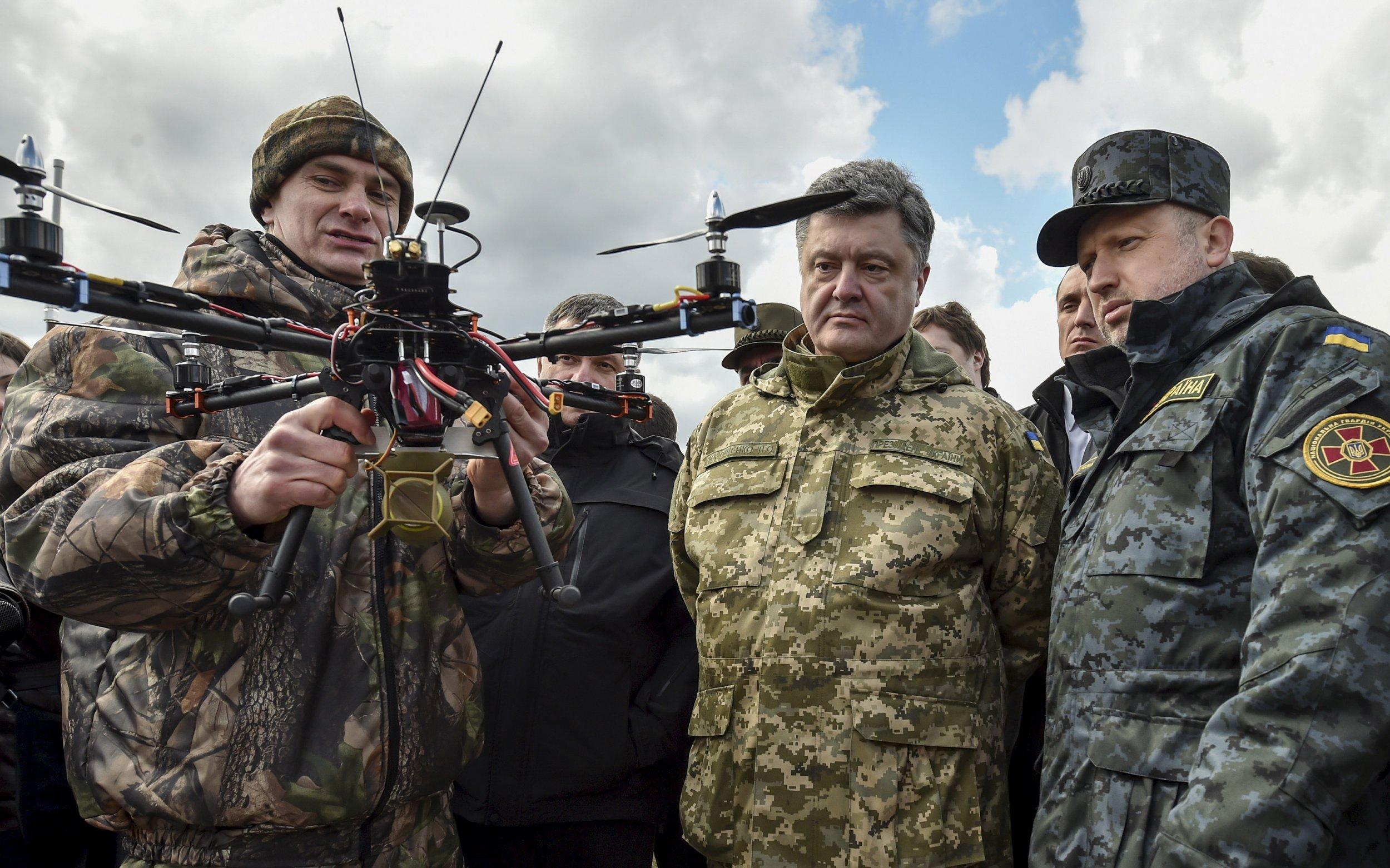 2015-04-09T151702Z_2_LYNXMPEB380QH_RTROPTP_4_UKRAINE-CRISIS