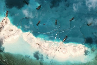 2015-04-09T205822Z_315485759_GF10000053956_RTRMADP_3_CHINA-SOUTHCHINASEA-REEF