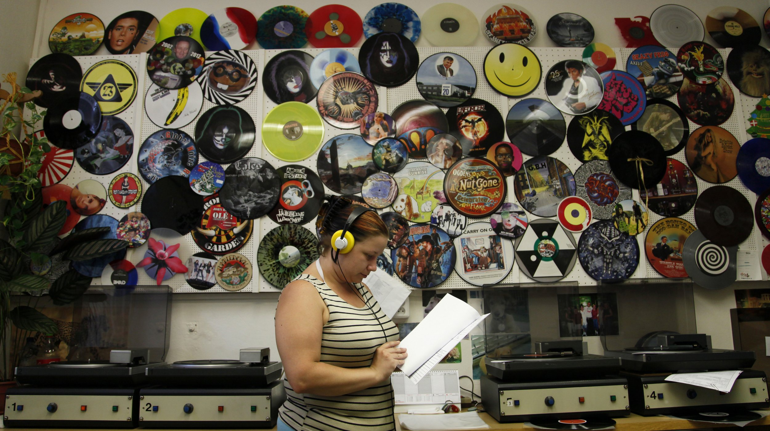 What the Vinyl Records Comeback Really Looks Like…