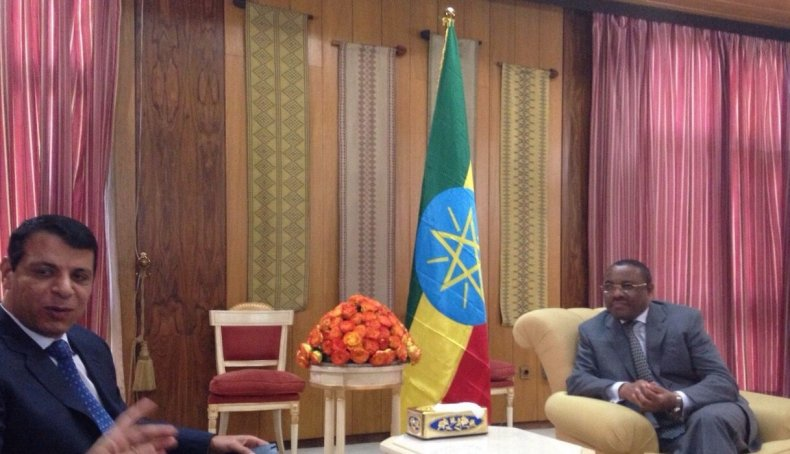 LR Dahlan, Ethiopian PM Hailemariam Desalegn, in Addis Ababa awaiting phone call from Sisi