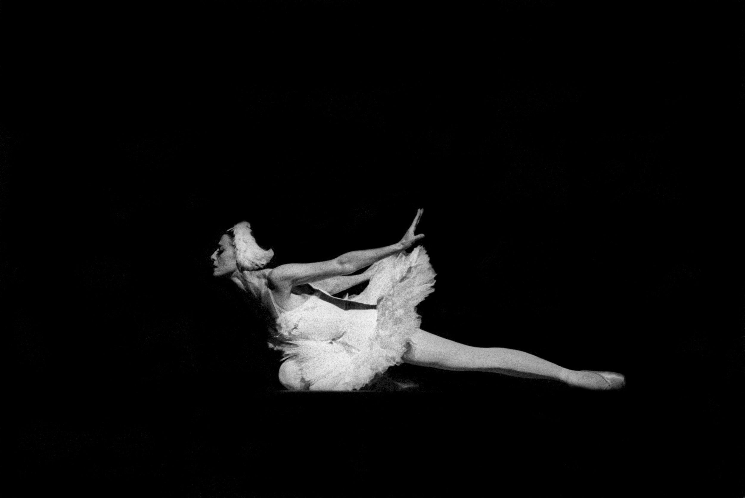 The Legacy of Maya Plisetskaya, Cold War-Era Bolshoi Ballerina