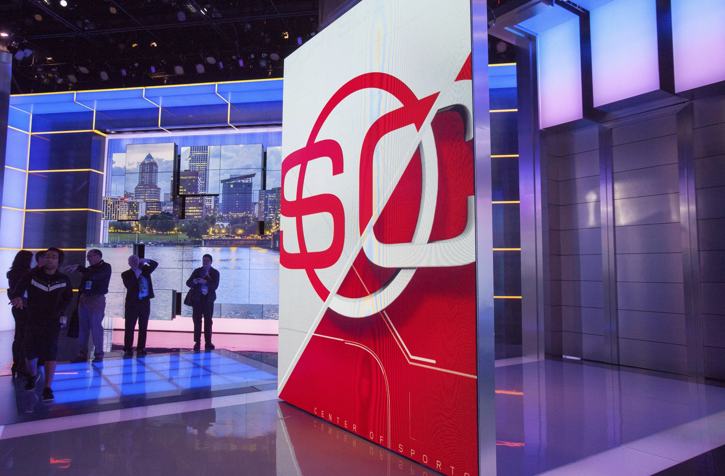 ESPN cuts ties to Bill Simmons