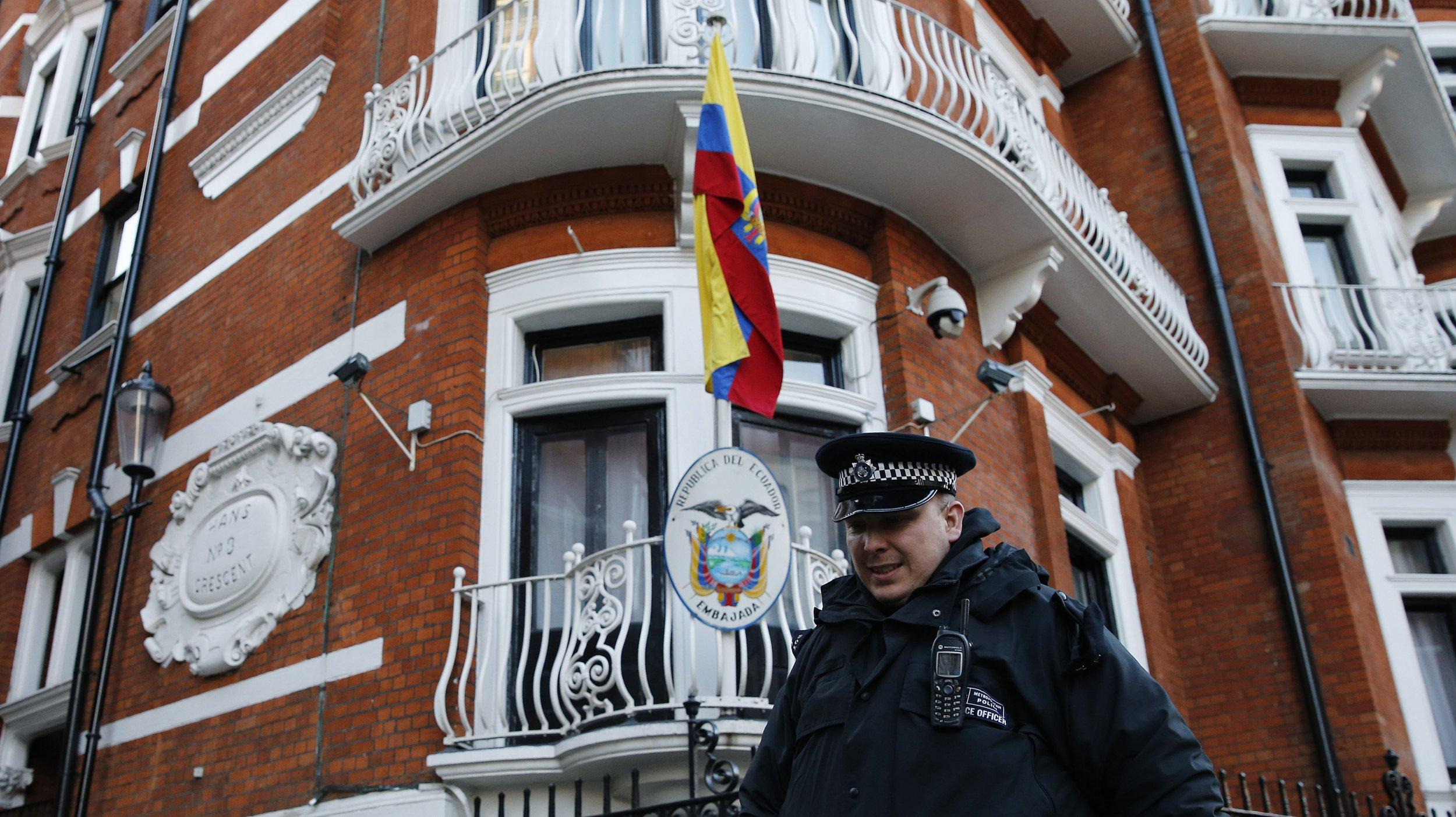 0511_Assange