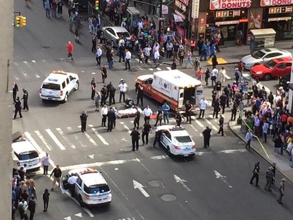 NYPD Officer Shoots Hammer-Wielding Man Suspected of