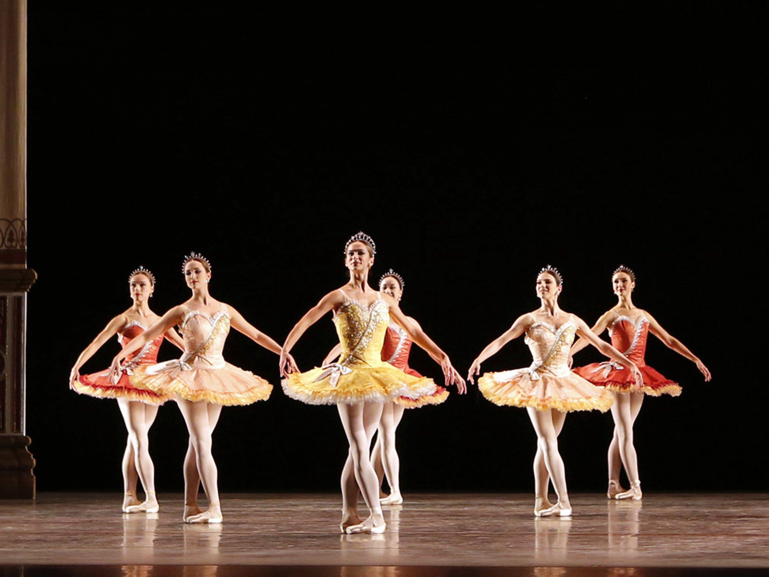 Celebrating american ballet theatre s past present and for Antony tudor jardin aux lilas