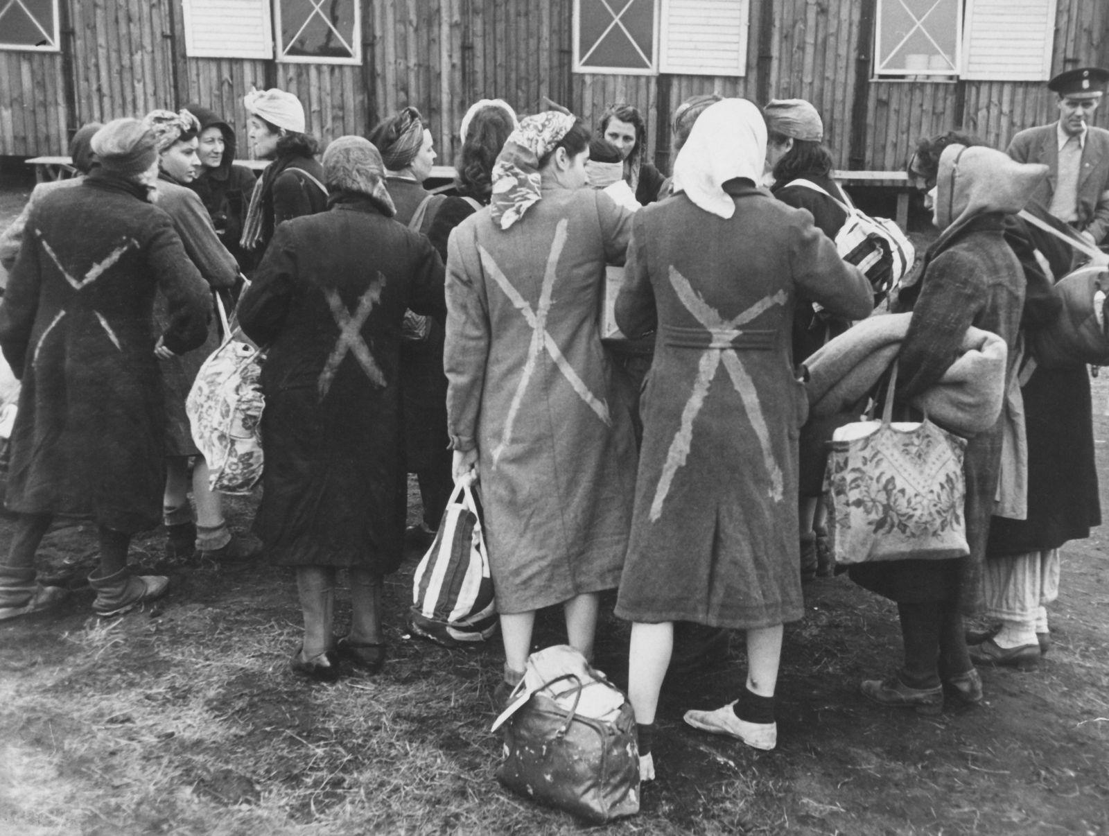 women-ravensbruck-concentration-camp