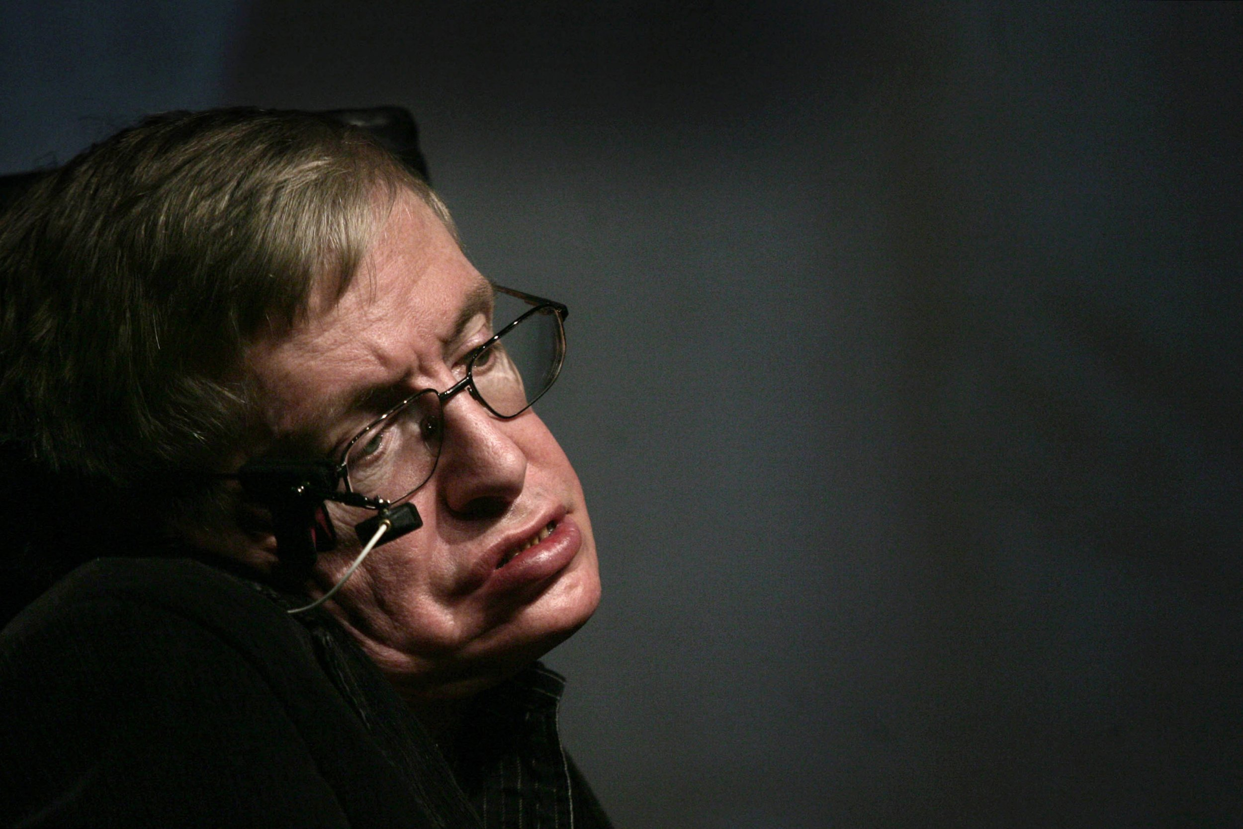 05_14_Hawking_01