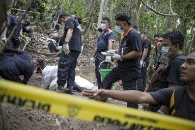malaysia-human-trafficking-camp