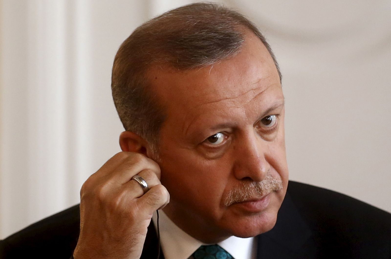 Turkey's Erdogan threatens press