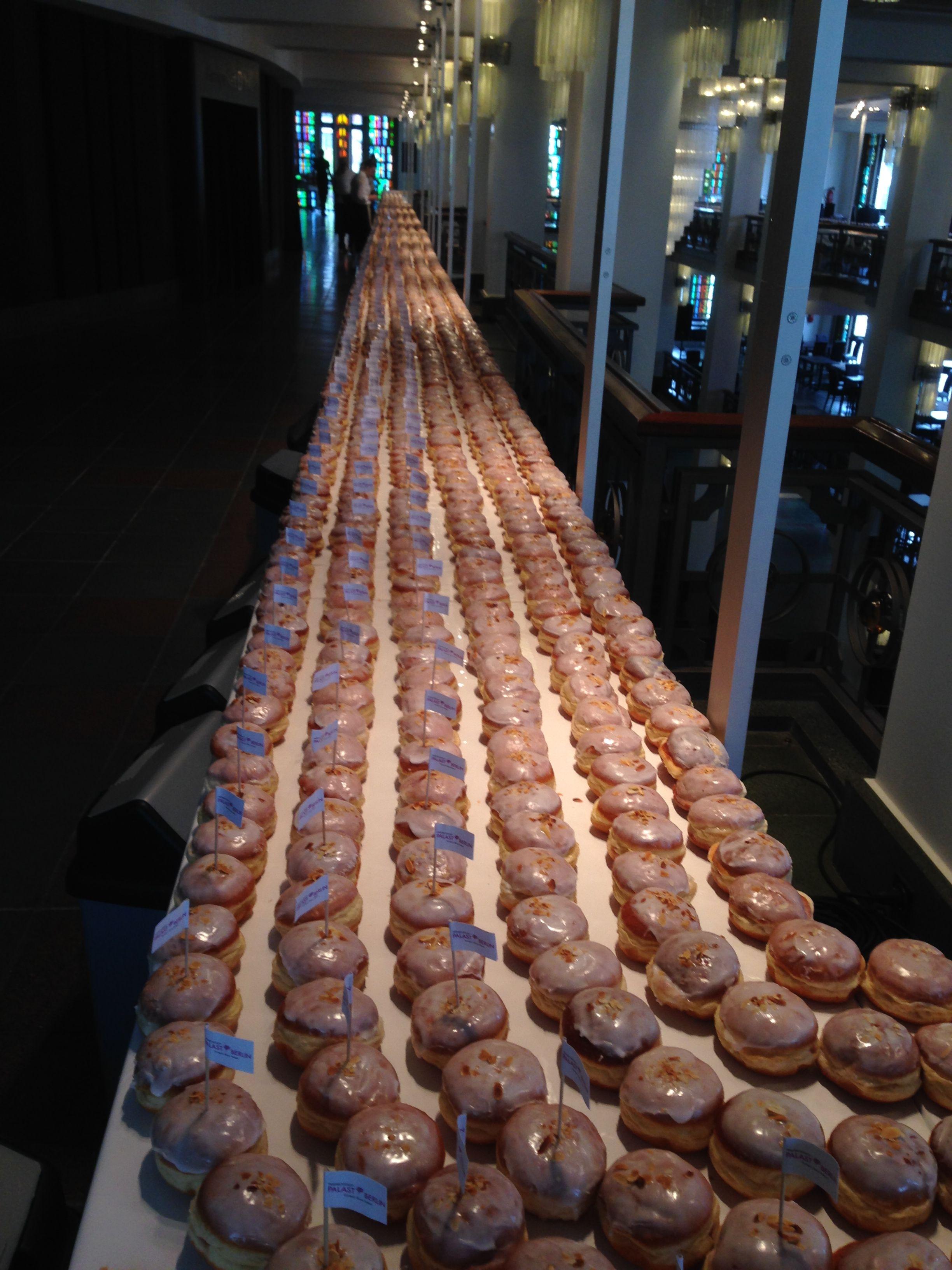 Longest line of doughnuts