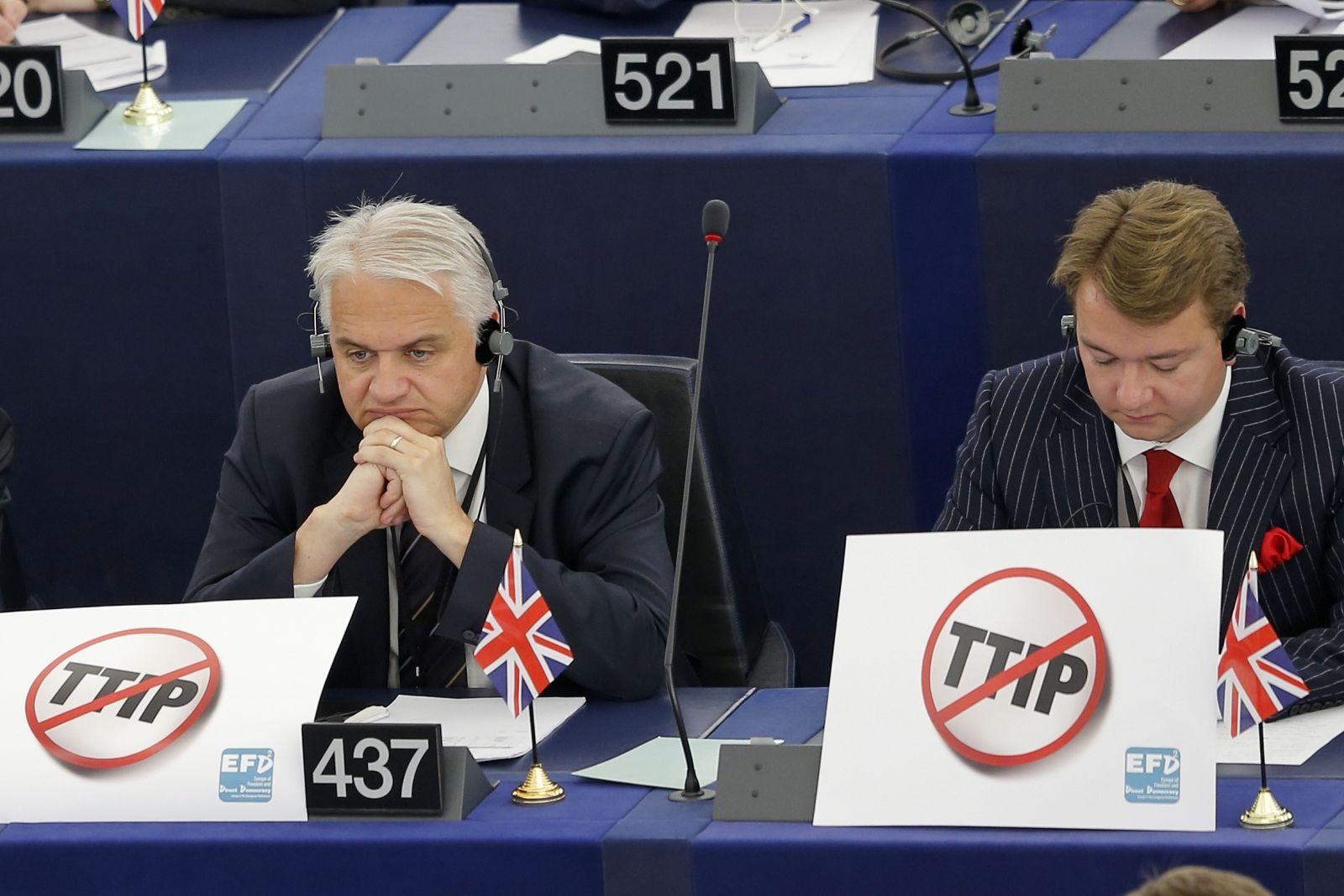 TTIP vote suspended