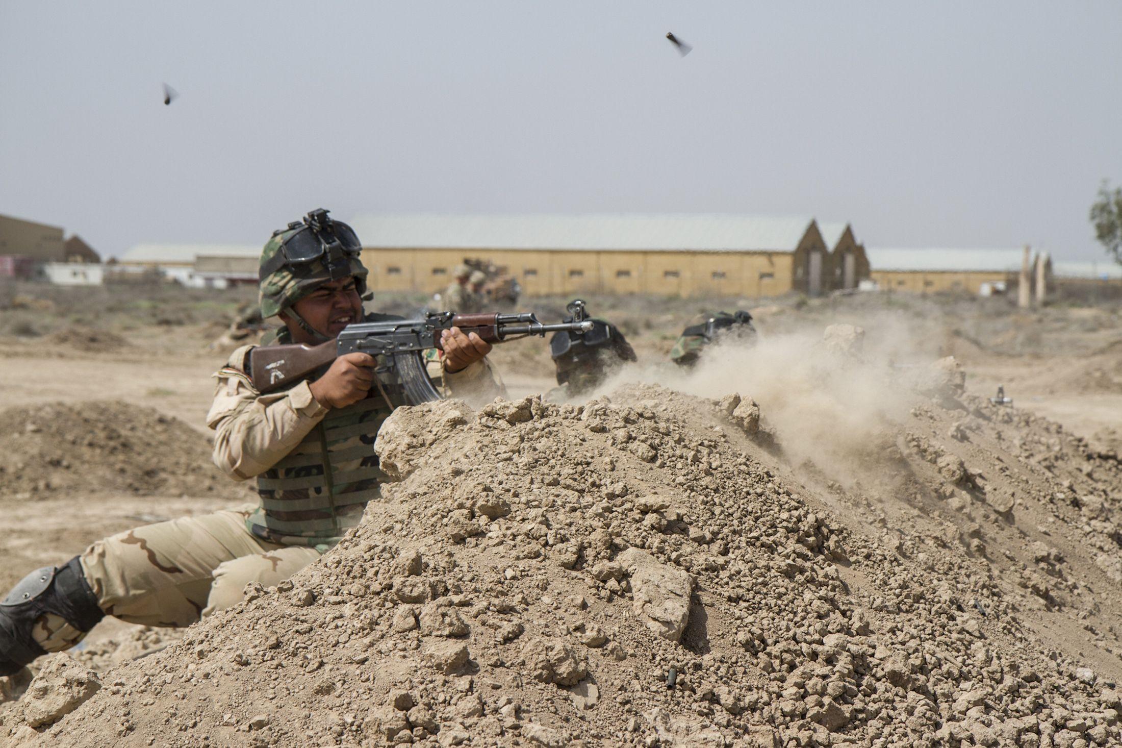 2015-06-10T190348Z_3_LYNXMPEB590WT_RTROPTP_4_US-MIDEAST-CRISIS-IRAQ-USA