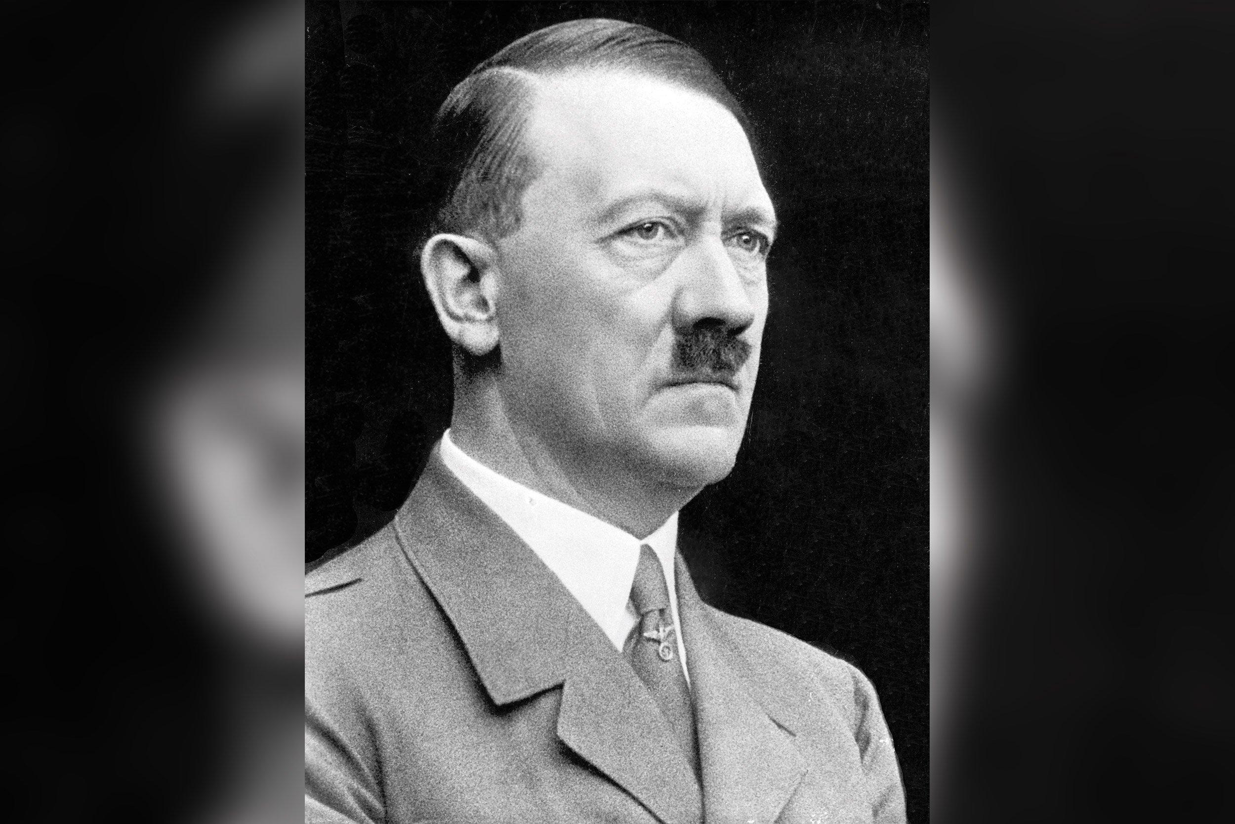 06_19_Hitler_01