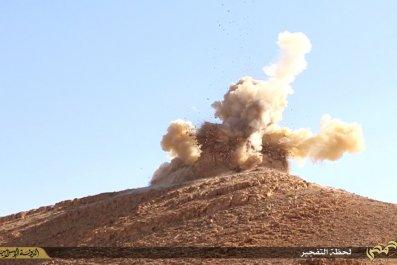 Isis Destroy Palmyra Shrine