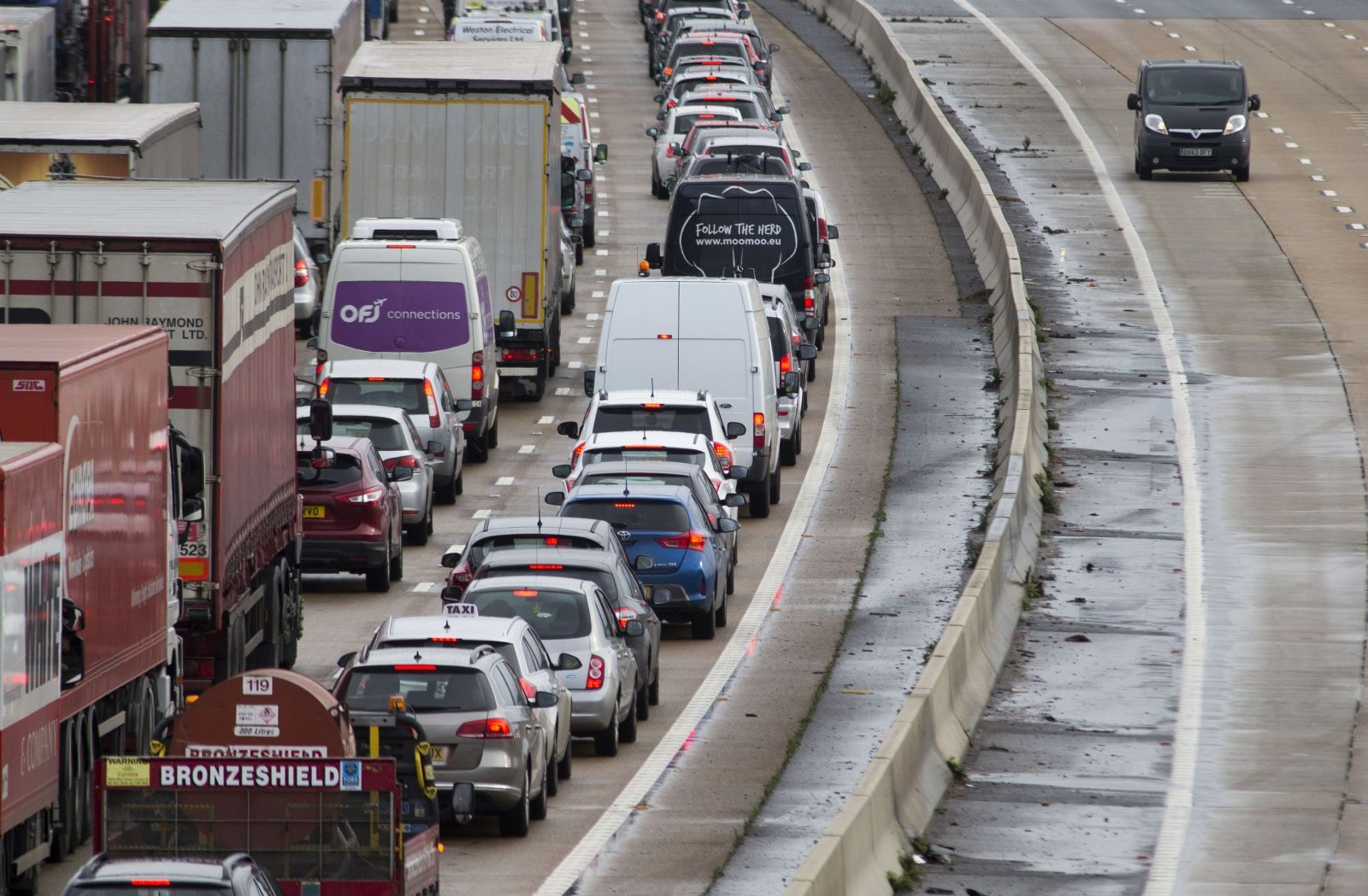 Road traffic noise and early deaths