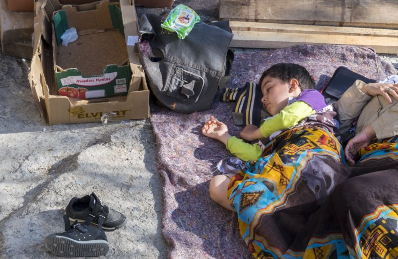 212279_Refugees_and_migrants_on_the_Greek_island_of_Lesvos_2015 (1)