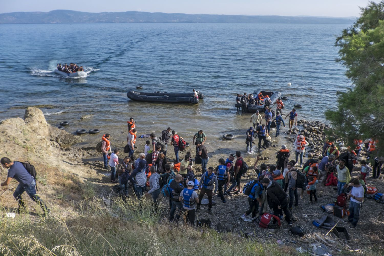 212281_Refugees_and_migrants_on_the_Greek_islands_of_Lesvos_2015