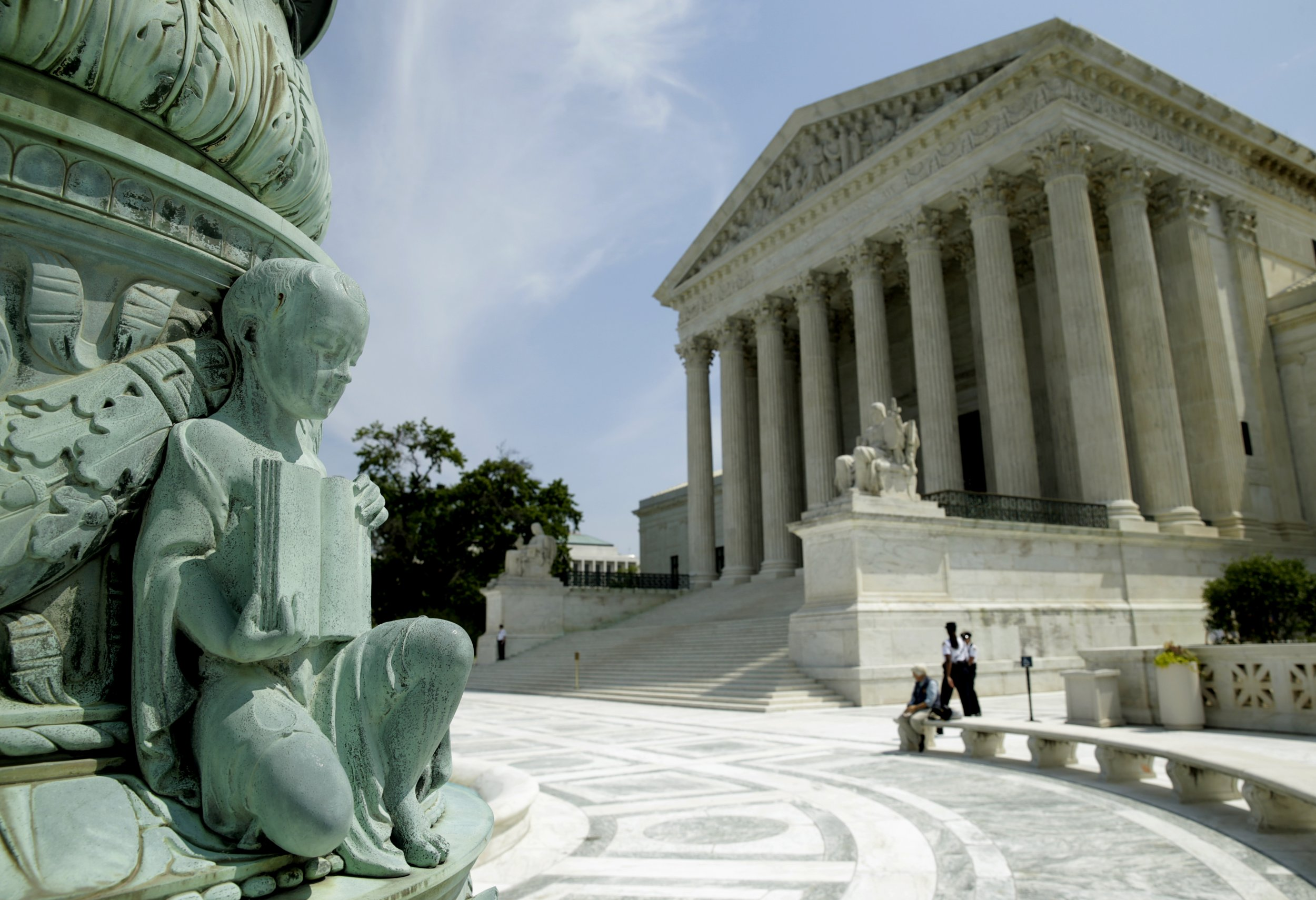 06_25_SupremeCourt_01